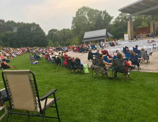 The Billie Kress Amphitheater at Green Bay Botanical Garden will welcome the Weidner Philharmonic for an afternoon concert on May 23.