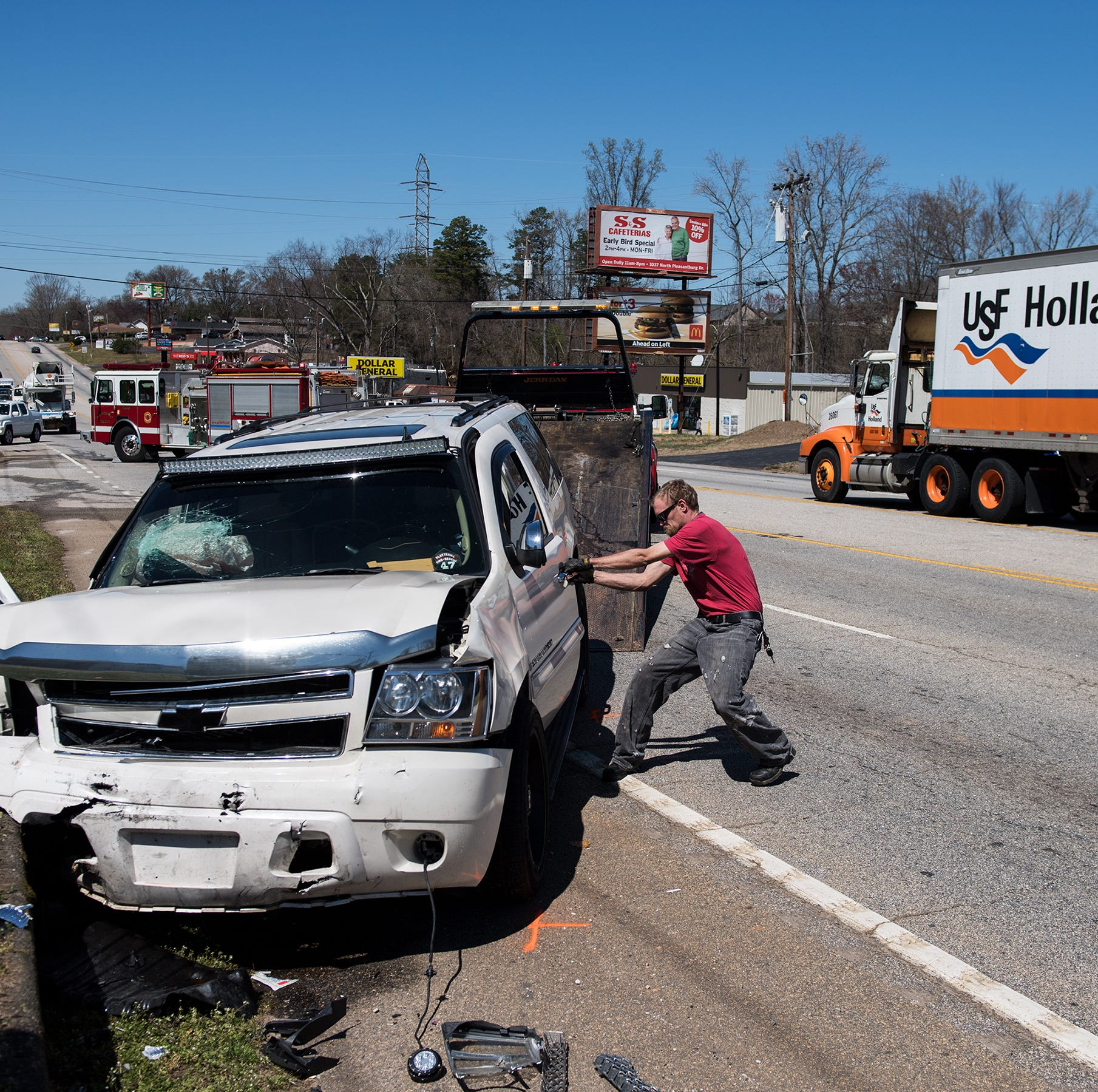 Poinsett Highway blocked following afternoon collision in Greenville County