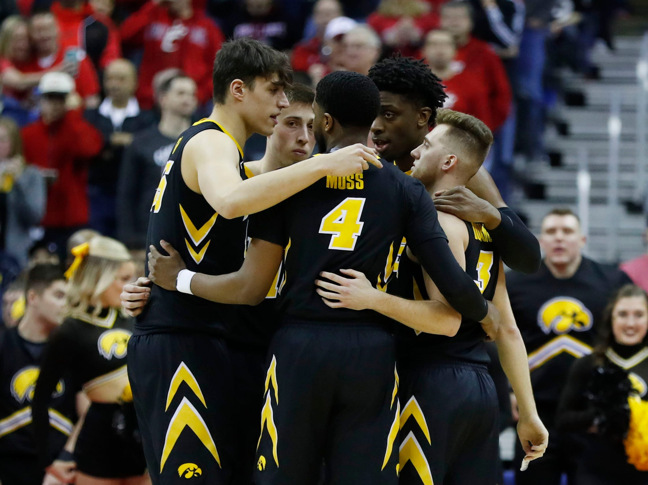 Iowa Hawkeyes before the game against the Cincinnati Bearcats in the first round of the 2019 NCAA Tournament at Nationwide Arena on March 22, 2019.