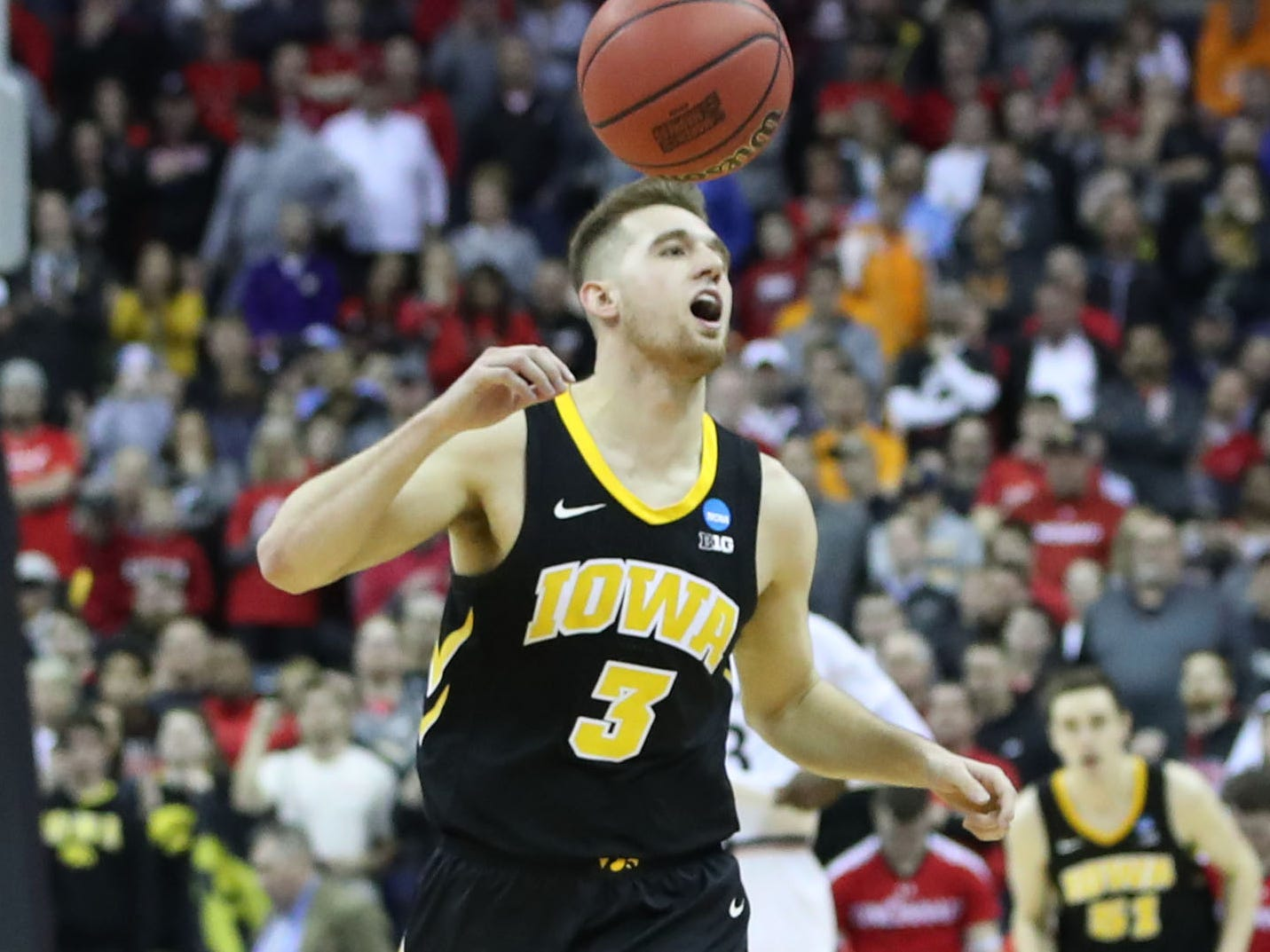 Iowa Hawkeyes guard Jordan Bohannon (3) reacts to defeating Cincinnati Bearcats  in the first round of the 2019 NCAA Tournament at Nationwide Arena on March 22, 2019.