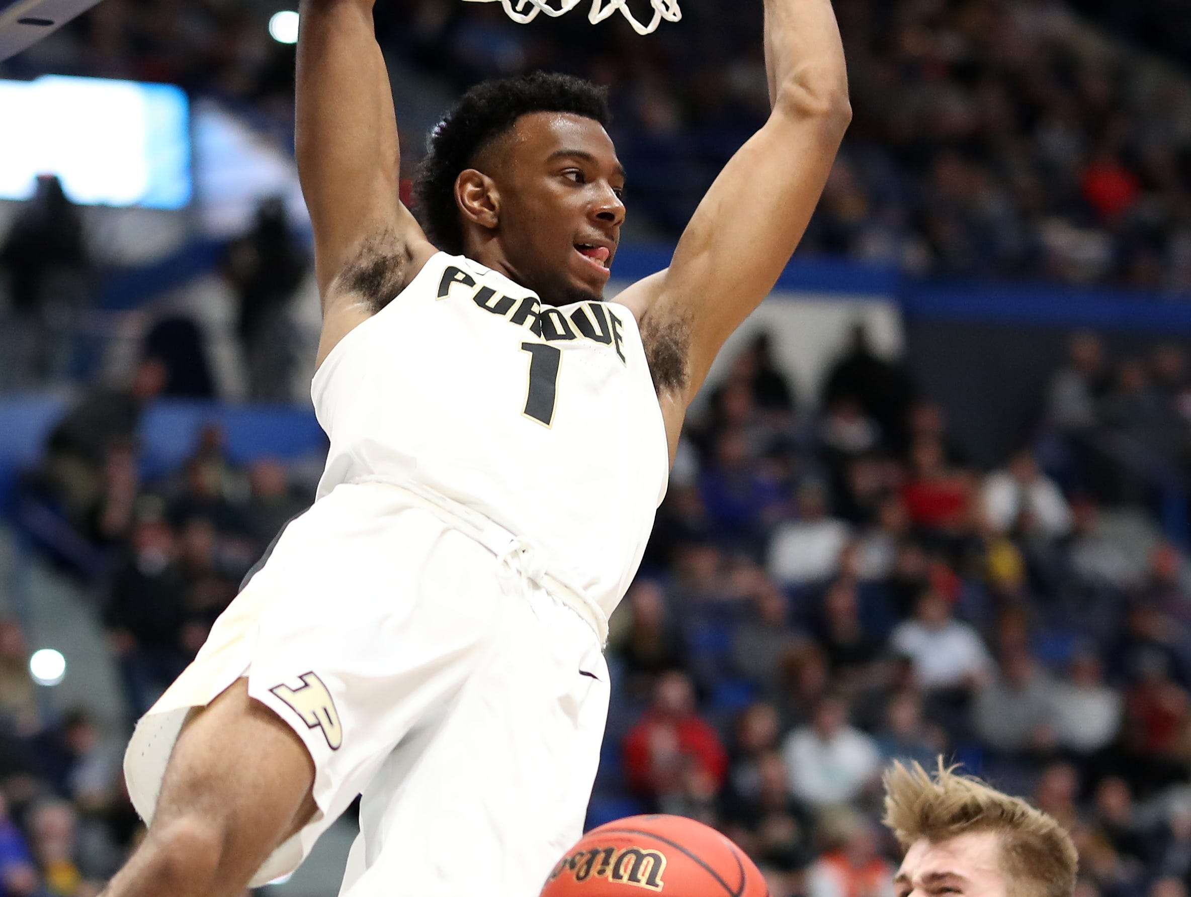 Aaron Wheeler #1 of the Purdue Boilermakers dunks in the first half against the Old Dominion Monarchs during the 2019 NCAA Men's Basketball Tournament at XL Center on March 21, 2019 in Hartford, Connecticut.