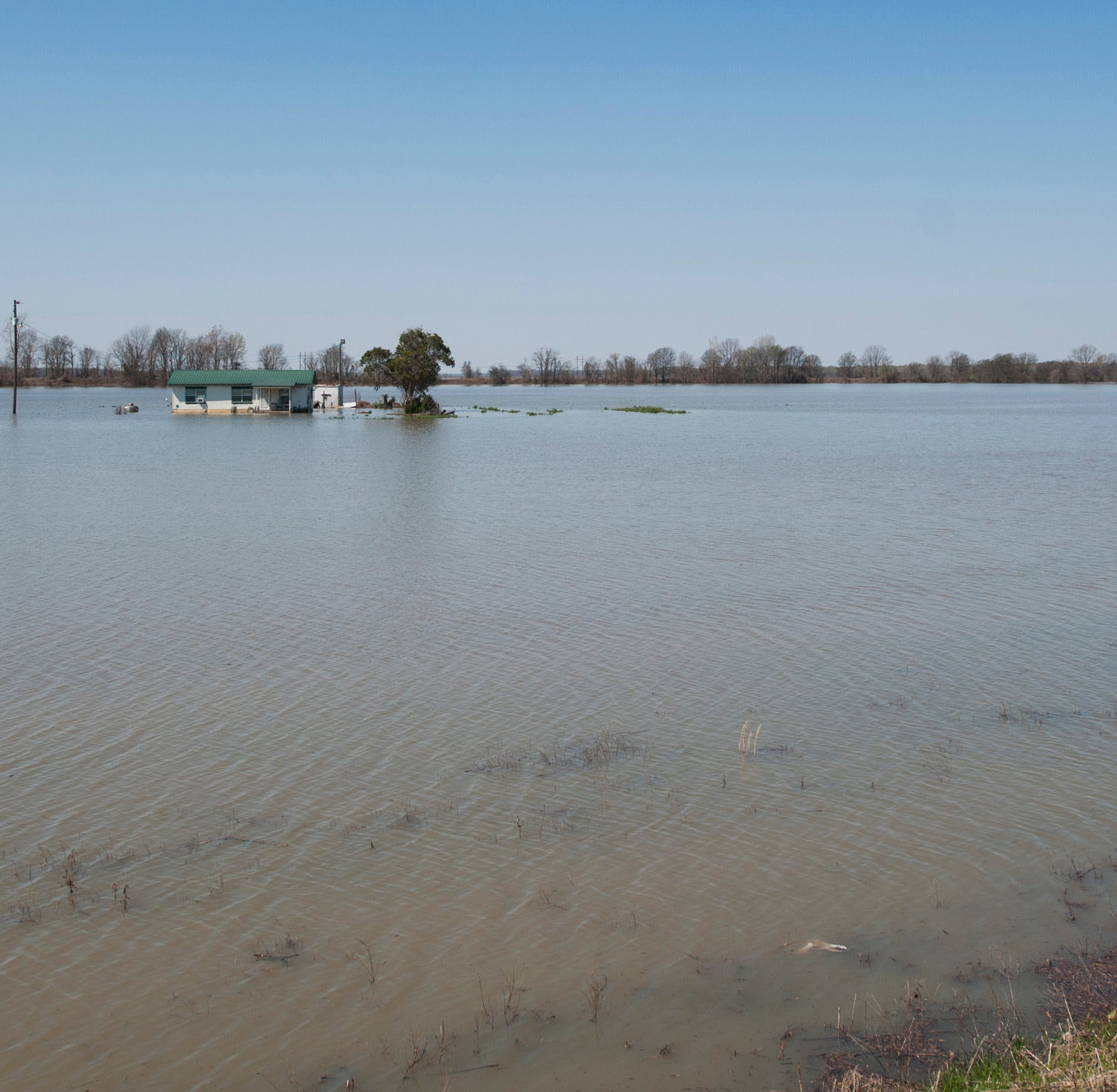 Flooding in Mississippi: It's 'a disaster in slow motion' and worst is yet to come