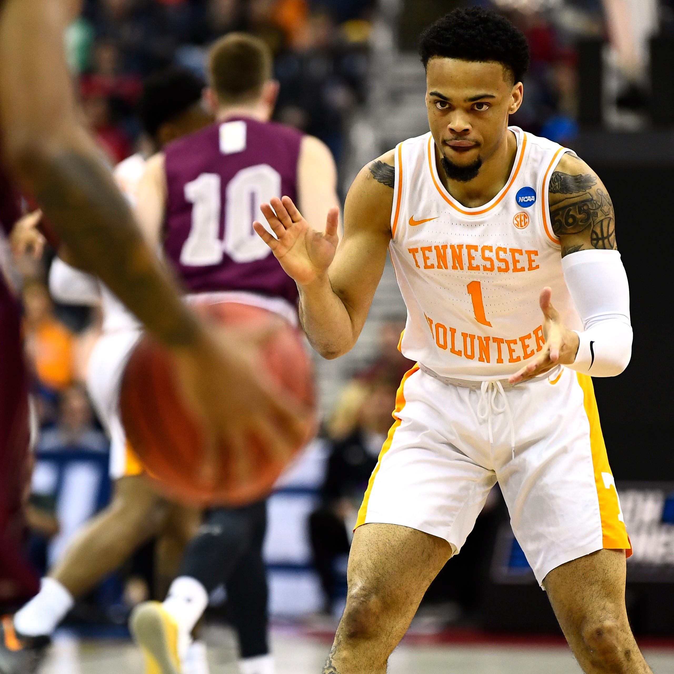 Tennessee basketball survives upset scare from No. 15 seed Colgate