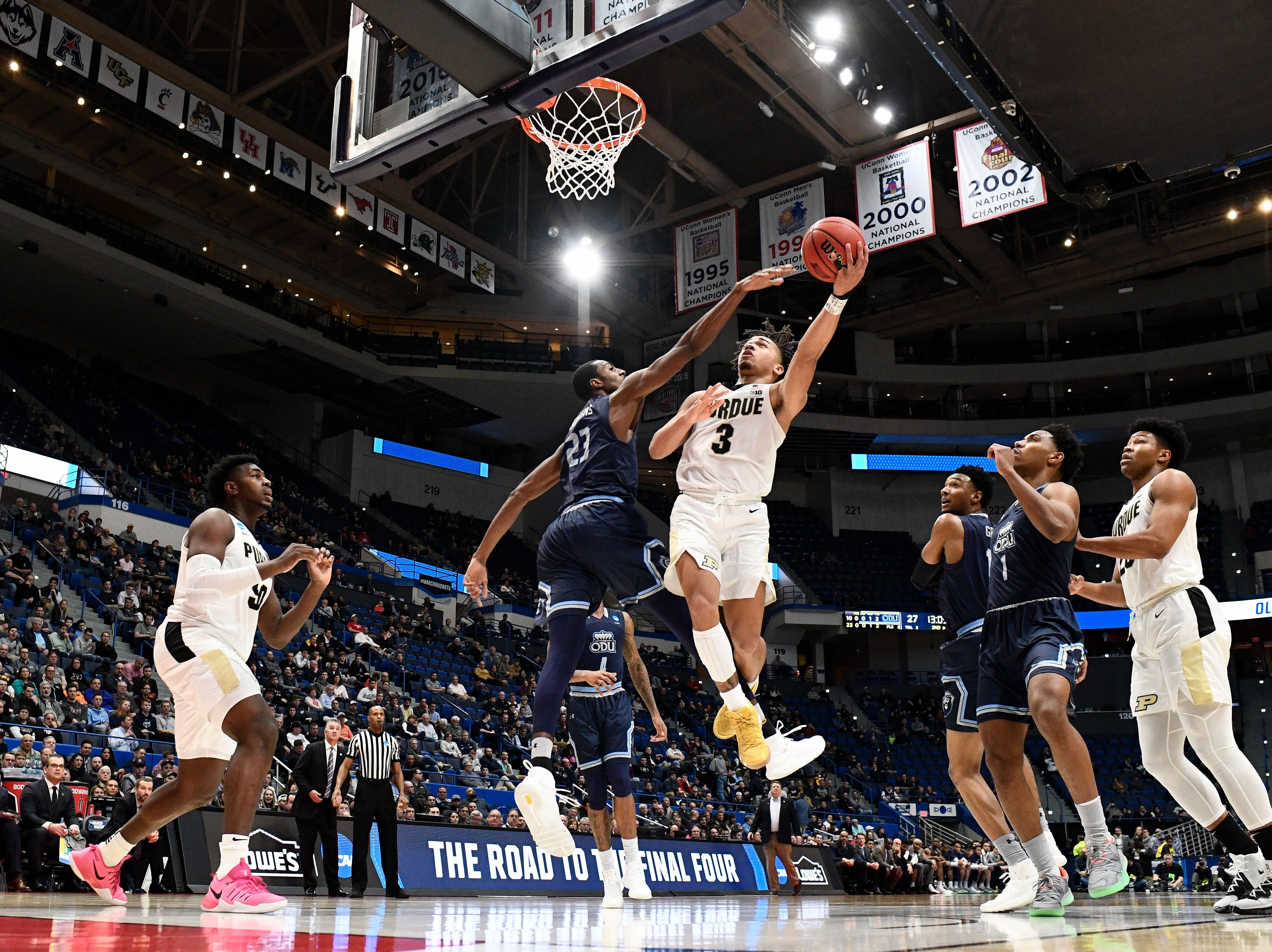 Mar 21, 2019; Hartford, CT, USA; Purdue Boilermakers guard Carsen Edwards (3) attempts a layup in front of Old Dominion Monarchs forward Dajour Dickens (23) during the second half of a game in the first round of the 2019 NCAA Tournament at XL Center. Mandatory Credit: Robert Deutsch-USA TODAY Sports