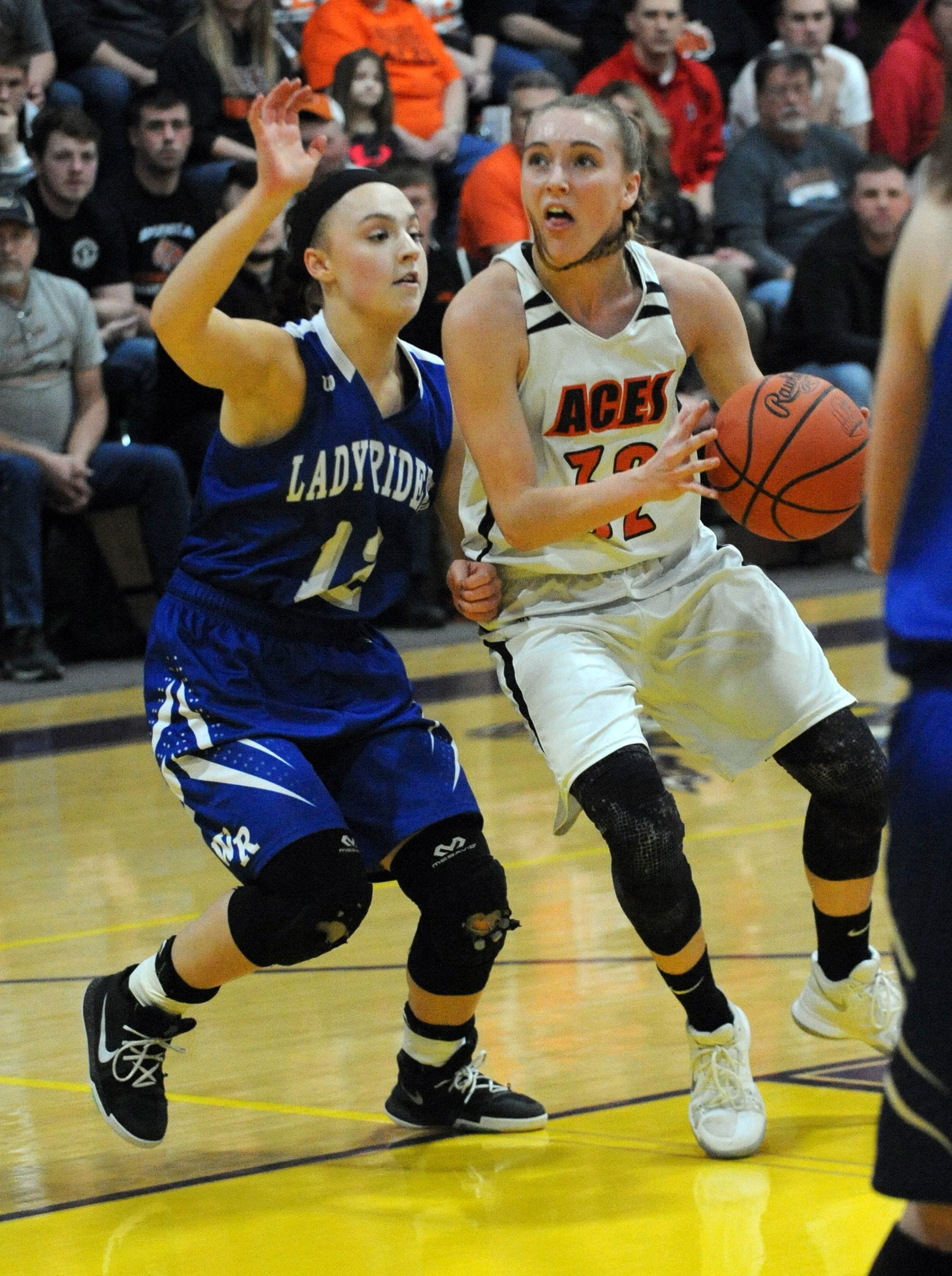 Amanda-Clearcreek senior Alyssa Evans is the 2019 Eagle-Gazette Girls Basketball Player of the Year for the second consecutive season.
