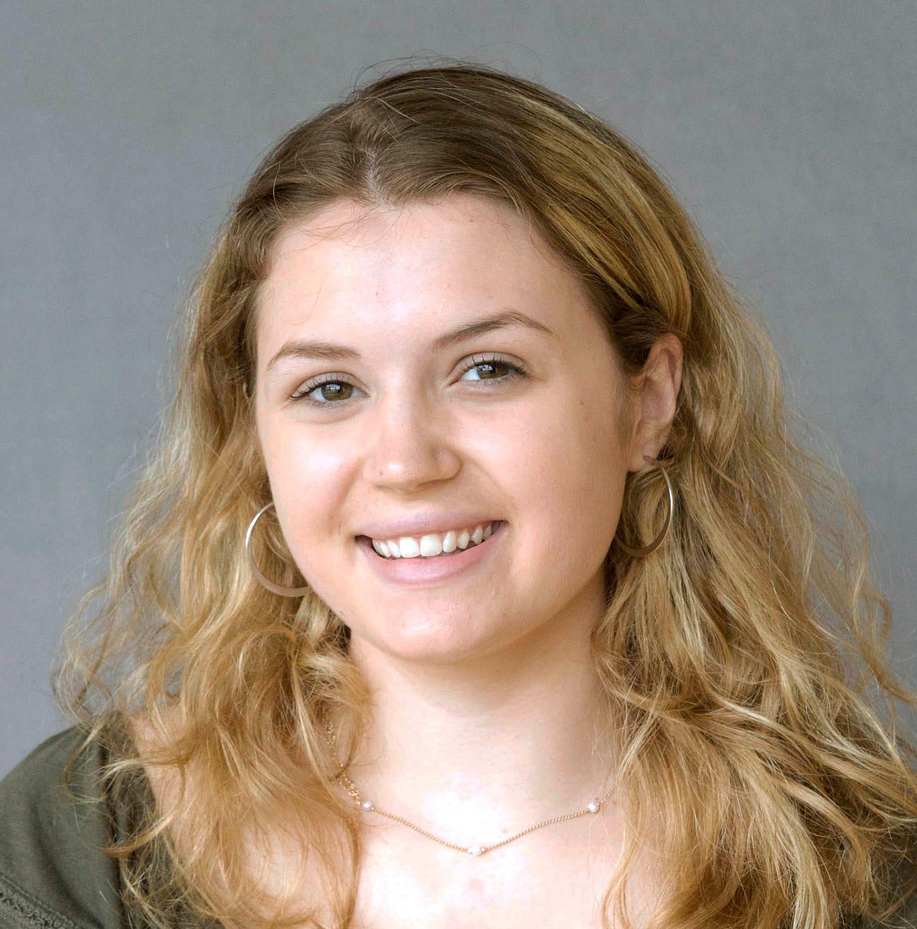 Roncalli senior Clara Dramm planning to major in business | Stellar Students