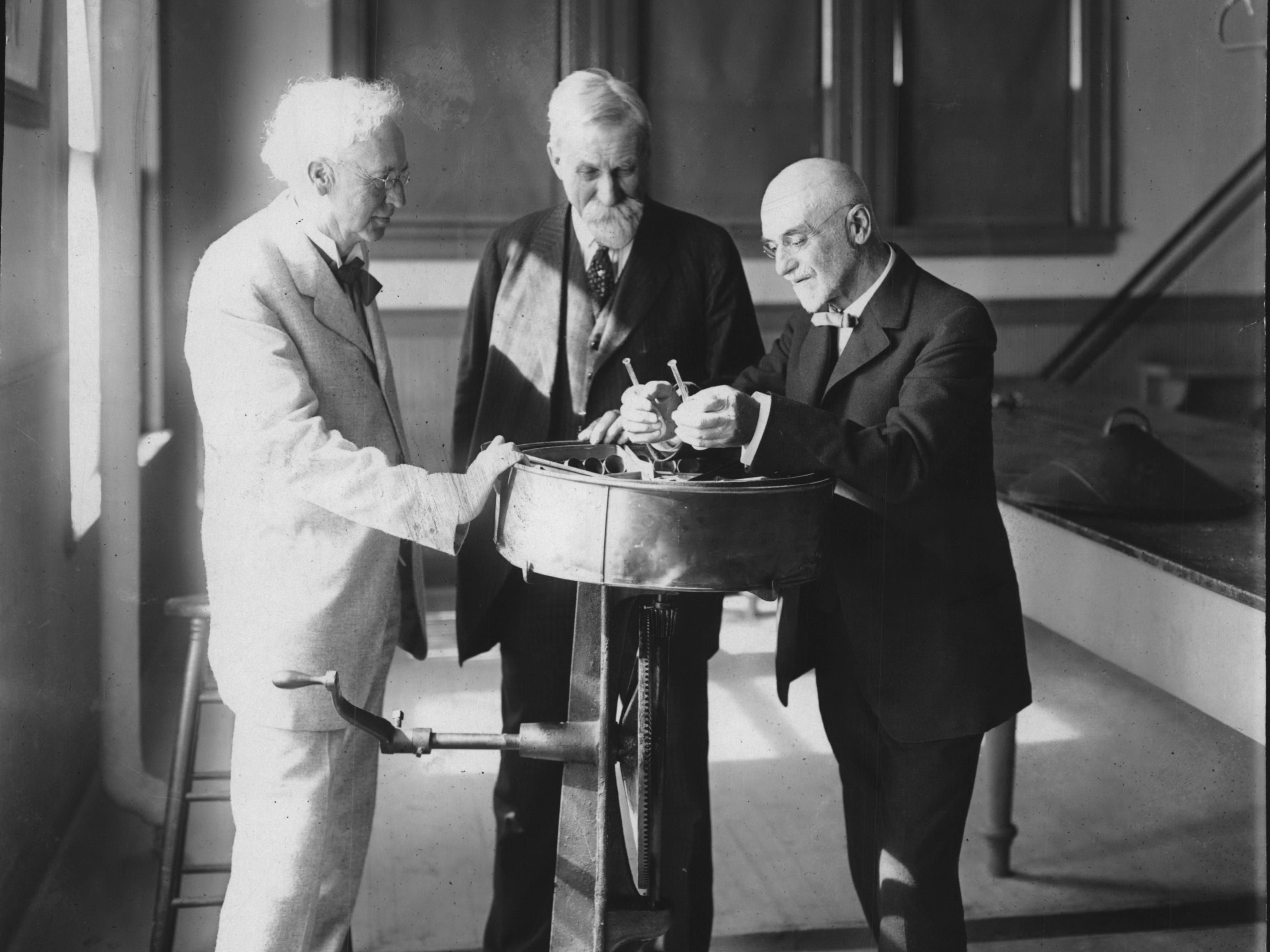 Circa mid1920s: Significant contributors to Wisconsin's agriculture and dairying industry are from left, Prof. W. A. Henry, first dean of the Wisconsin college of agriculture, Dr. Thomas C. Chamberlain, who was president of the university from 1887 to 1892, and Dr. Stephen Moulton Babcock. The three are shown looking back to the earliest operations of the famous Babcock test, which was perfected in 1890.
