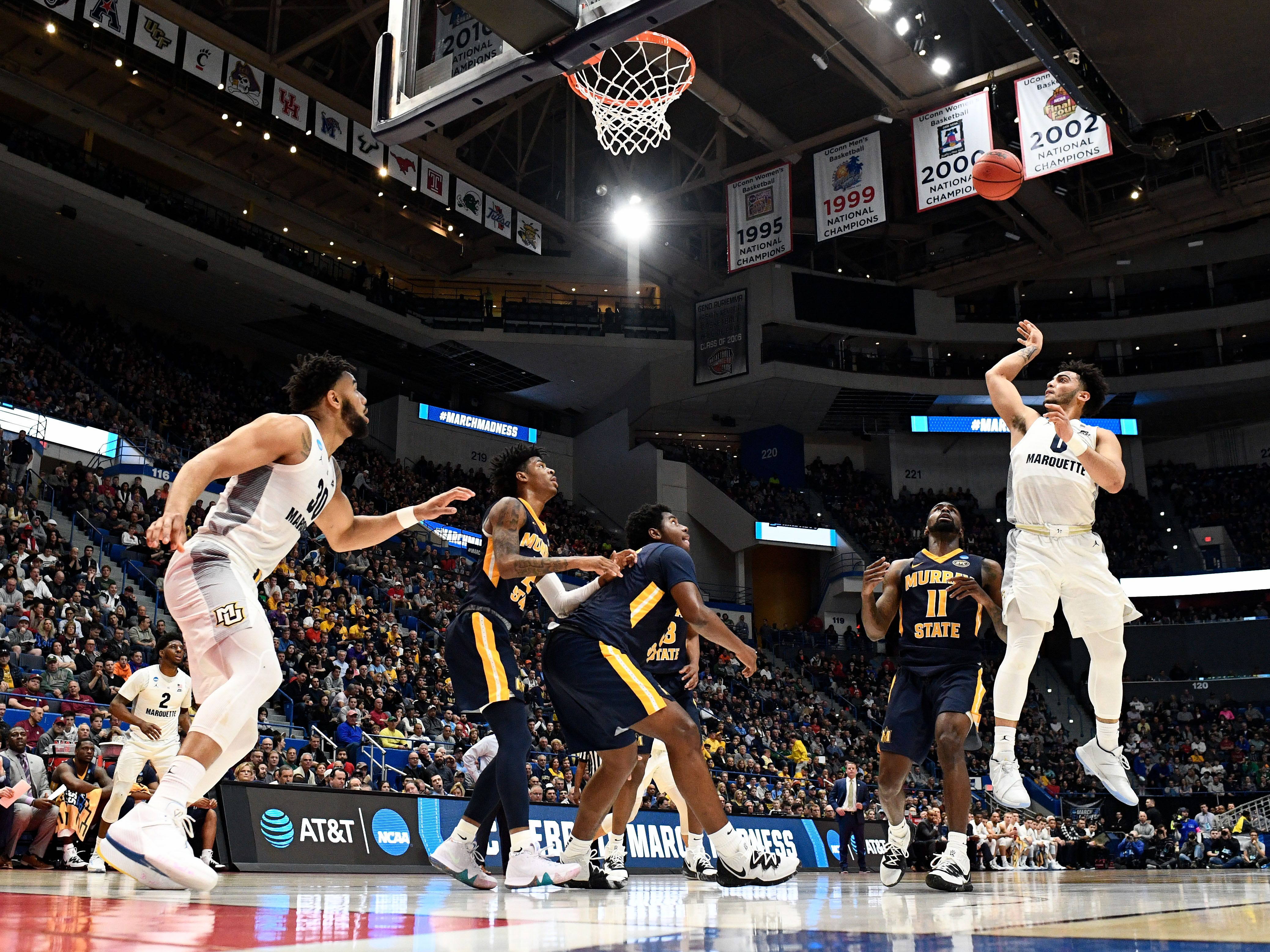 Marquette guard Markus Howard puts up a floater against Murray State during the first half.