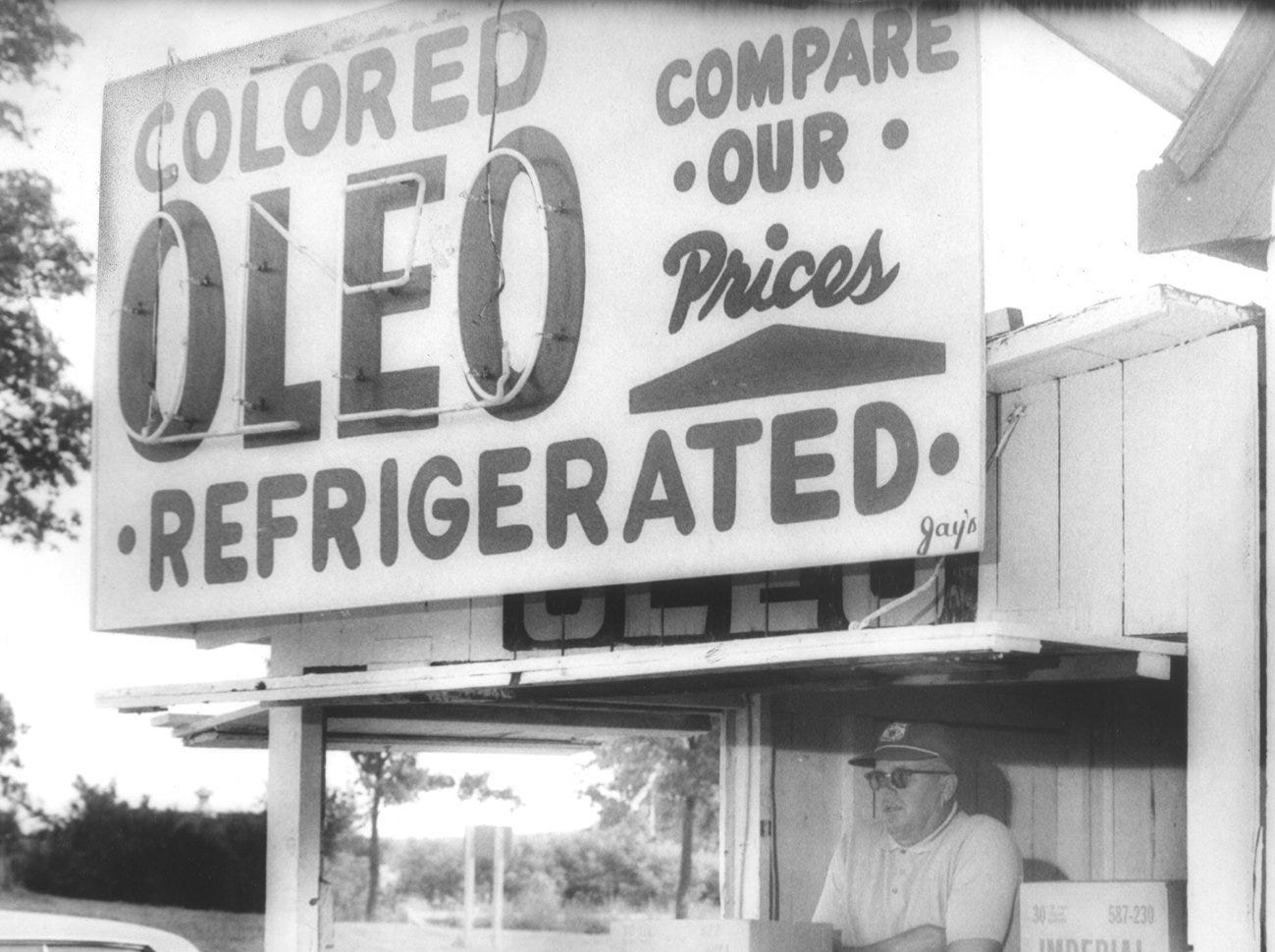 1967: Until the oleo ban was repealed, stands like this one were a common site.