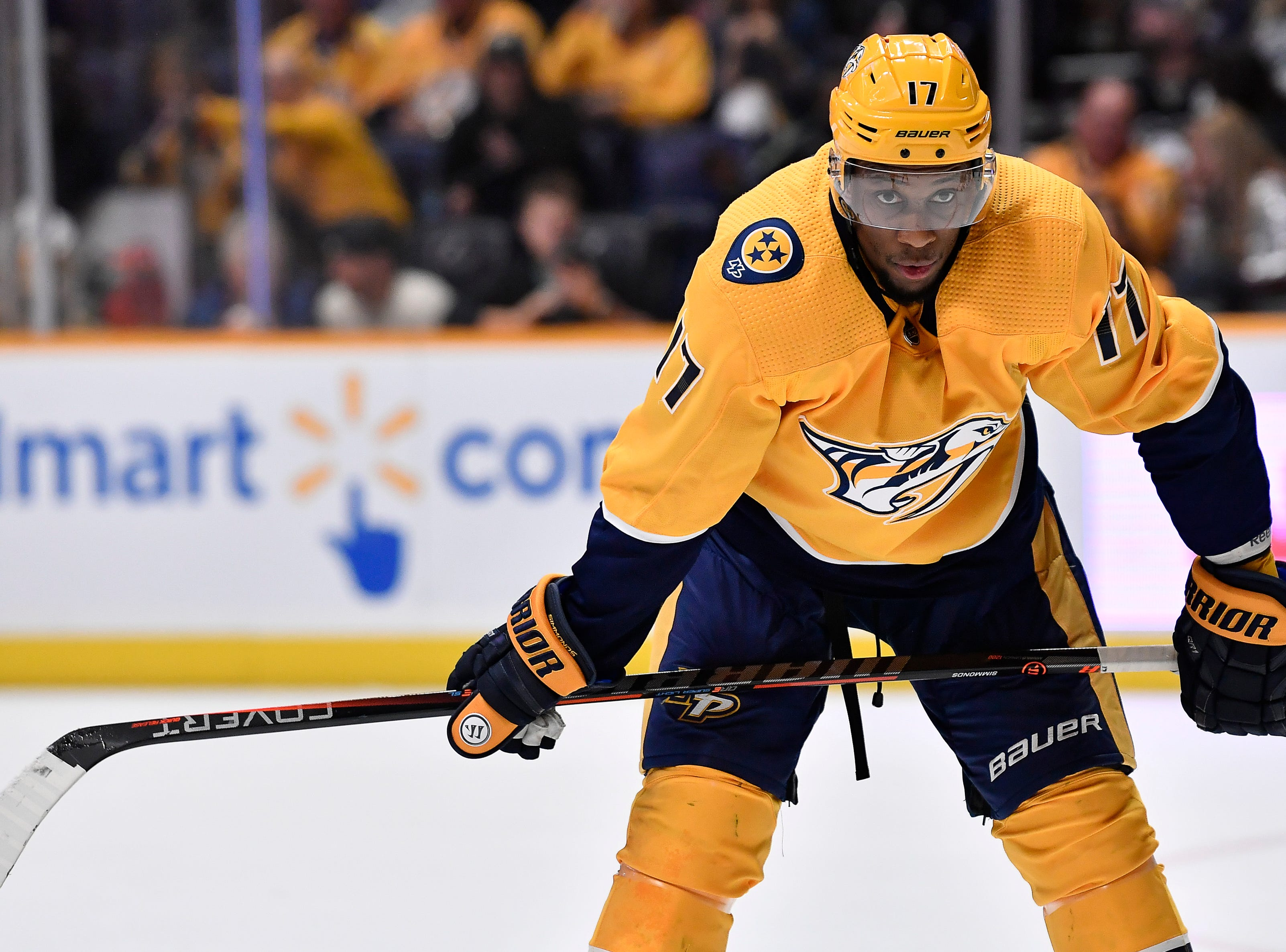 Predators right wing Wayne Simmonds (17) waits for play to begin during the first period against the Penguins at Bridgestone Arena Thursday, March 21, 2019 in Nashville, Tenn.