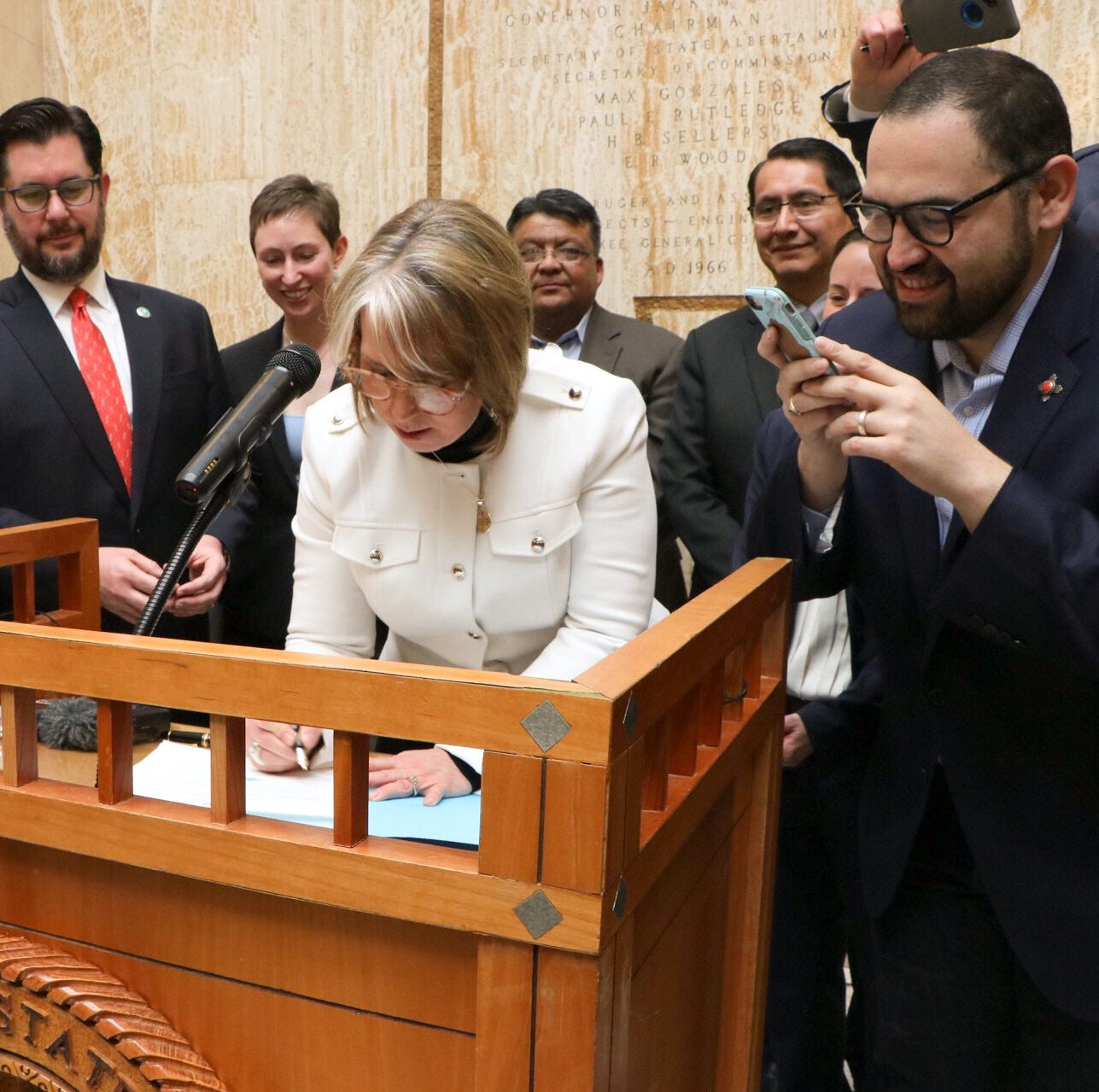New Mexico governor signs landmark clean energy bill