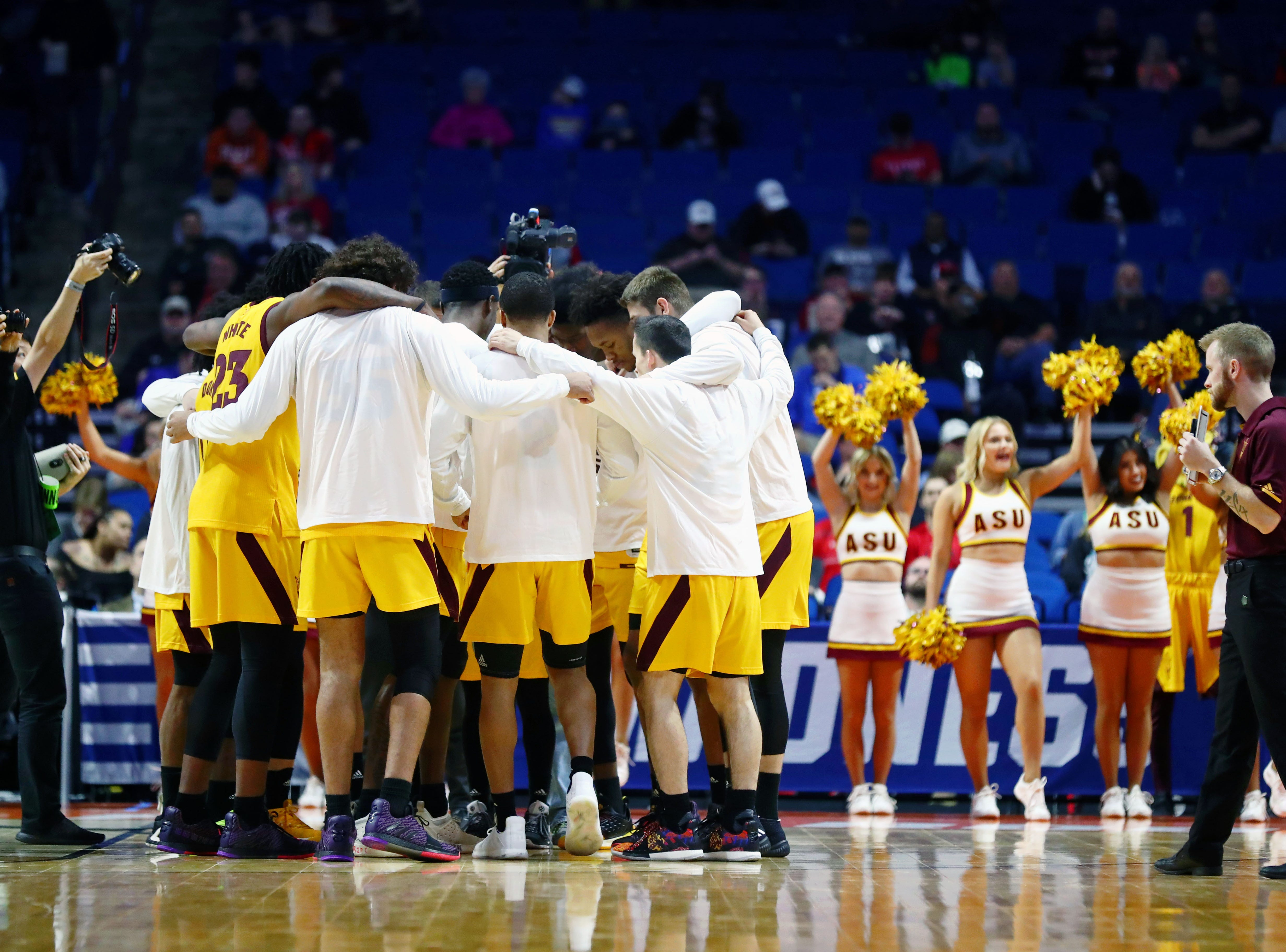 Mar 22, 2019; Tulsa, OK, USA; The Arizona State Sun Devils huddle before the start of their game against the Buffalo Bulls in the first round of the 2019 NCAA Tournament at BOK Center. Mandatory Credit: Mark J. Rebilas-USA TODAY Sports