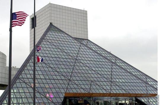 El Salón de la Fama de Rock and Roll mantendrá a Michael Jackson debido a su aportación a la música.