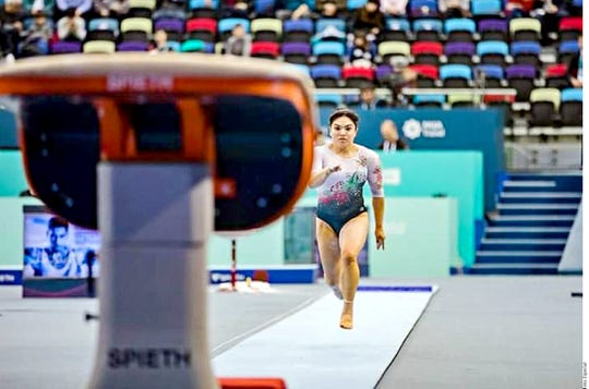 La gimnasta mexicana Alexa Moreno quedó 4to lugar en salto de caballo en el mundial de Doha, Qatar.