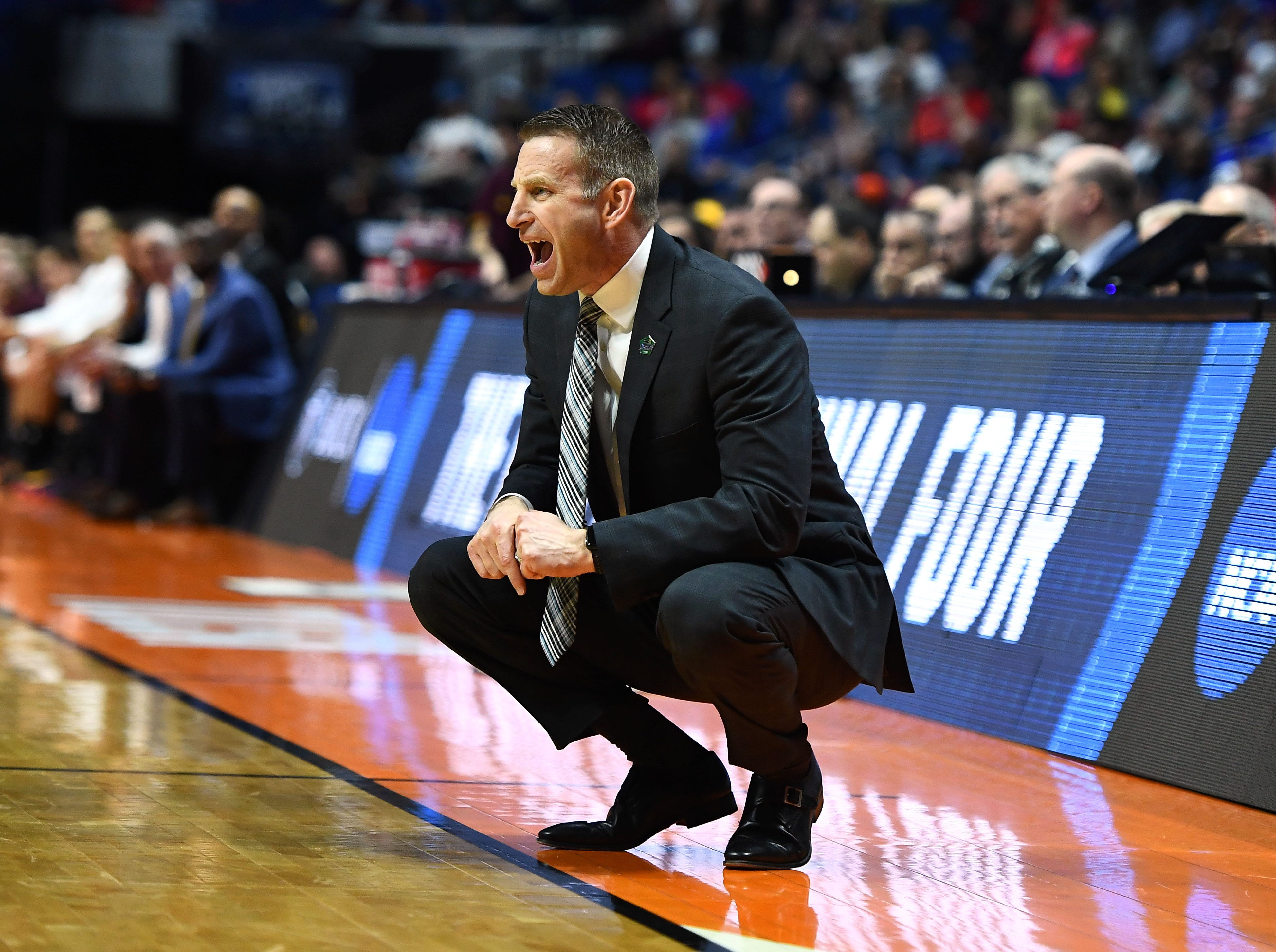 TULSA, OKLAHOMA - MARCH 22:  Head coach Nate Oats of the Buffalo Bulls yells from the sidelines during the first half of the first round game of the 2019 NCAA Men's Basketball Tournament against the Arizona State Sun Devils at BOK Center on March 22, 2019 in Tulsa, Oklahoma. (Photo by Stacy Revere/Getty Images)