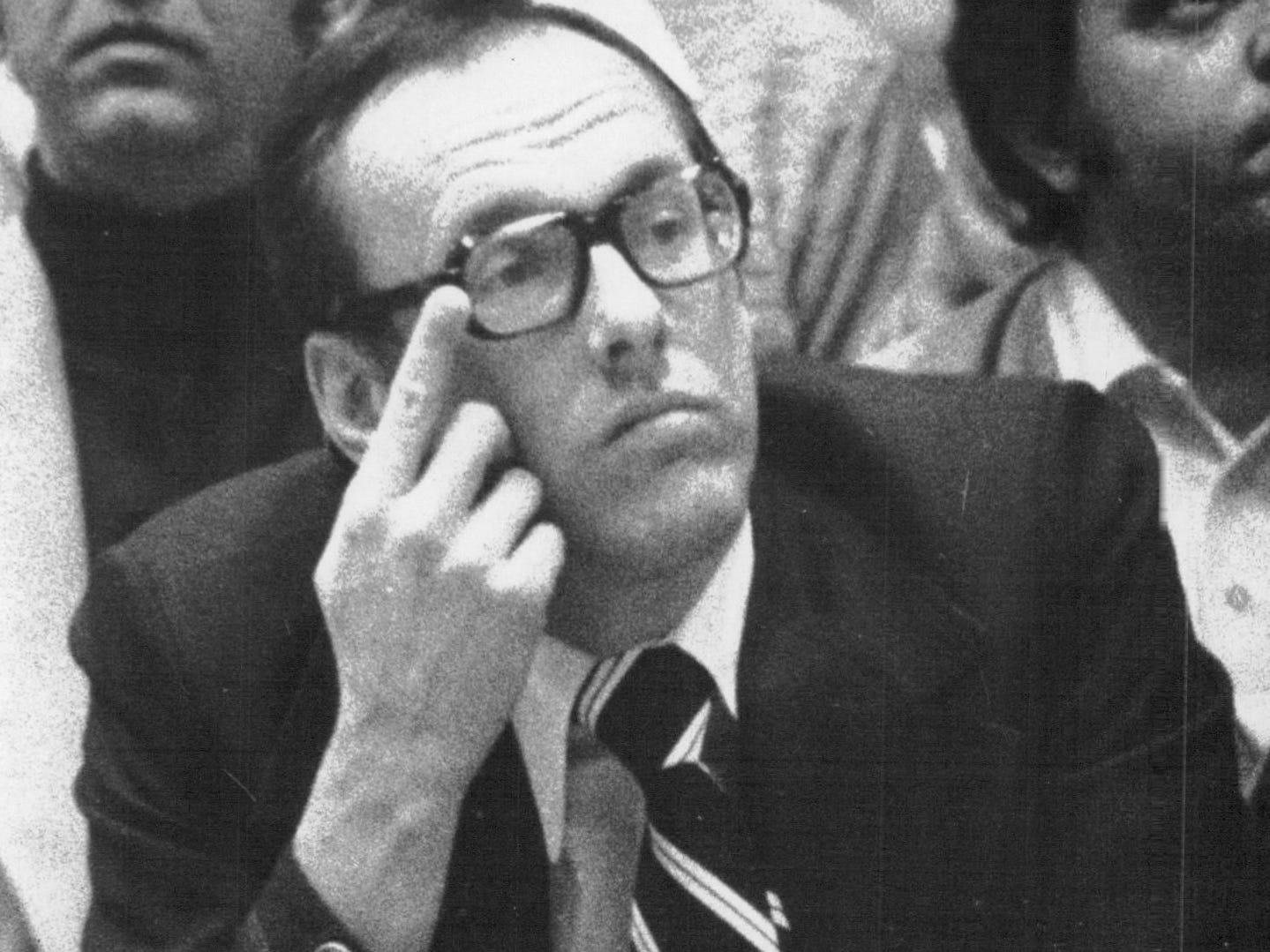 Jim Boeheim on the Syracuse bench.