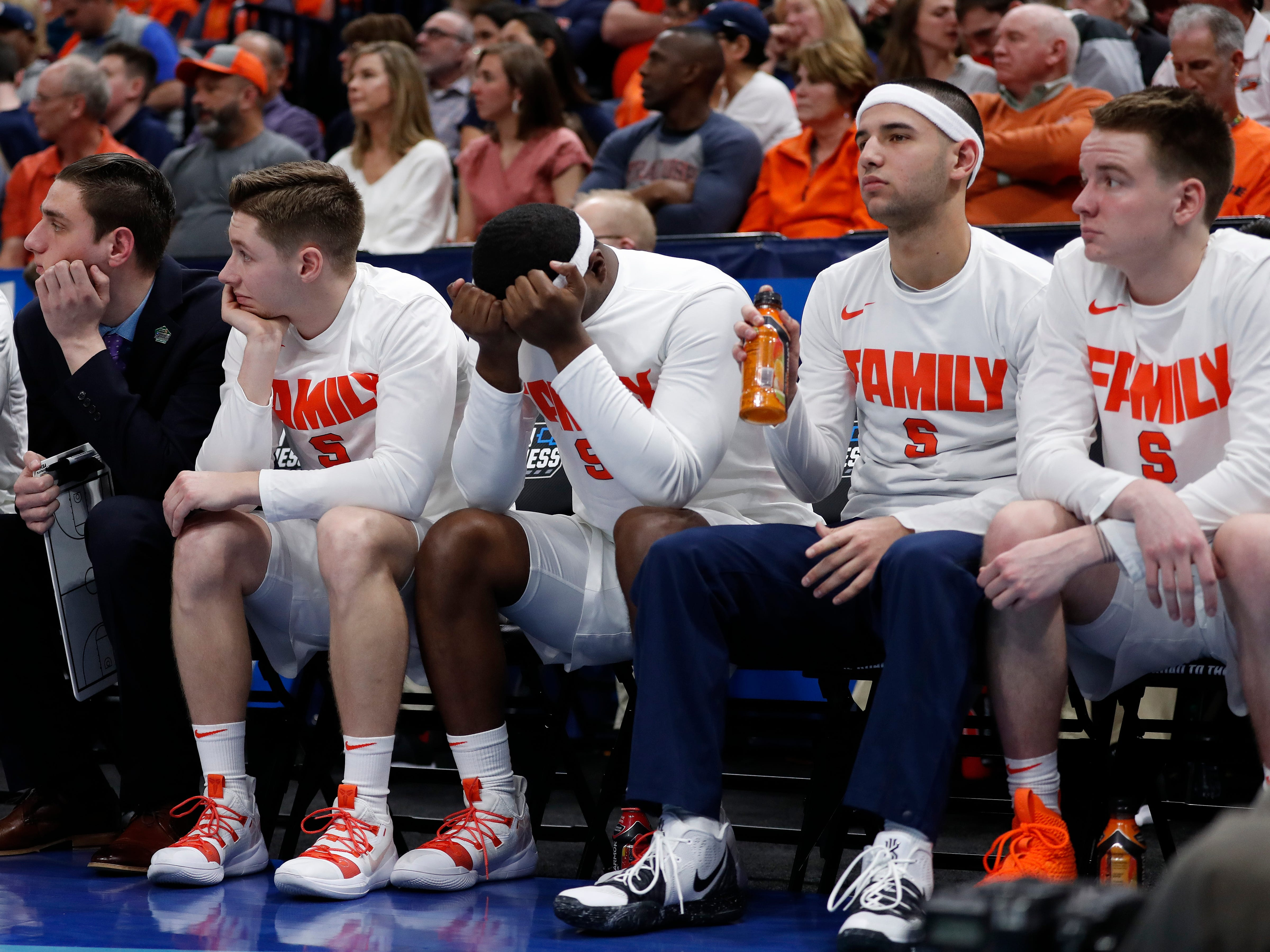 The Syracuse bench reacts in the final minutes of a first-round loss to Baylor.
