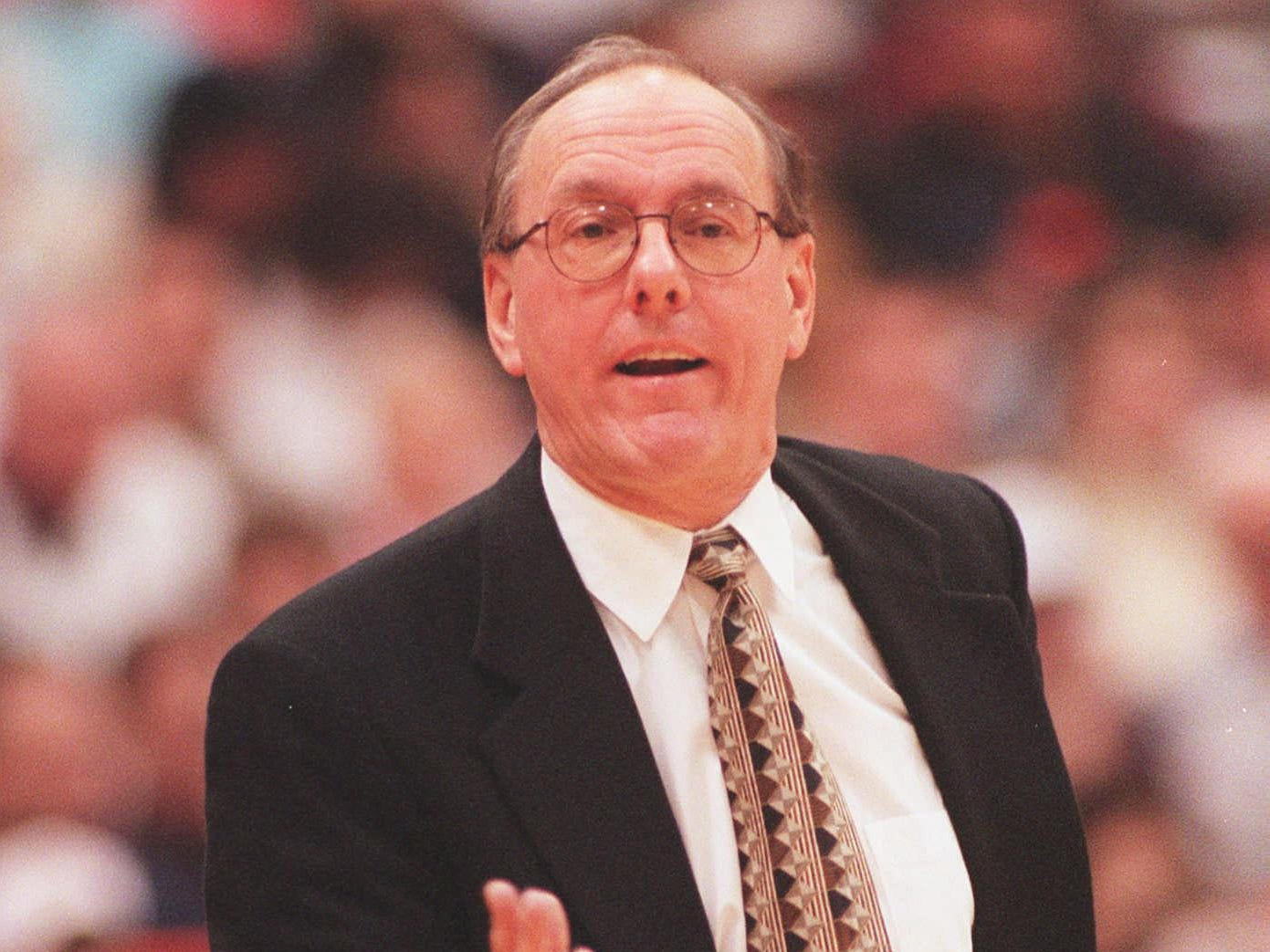 Jim Boeheim coaching Syracuse to an 81-68 win over Alabama on Feb. 4, 1996.