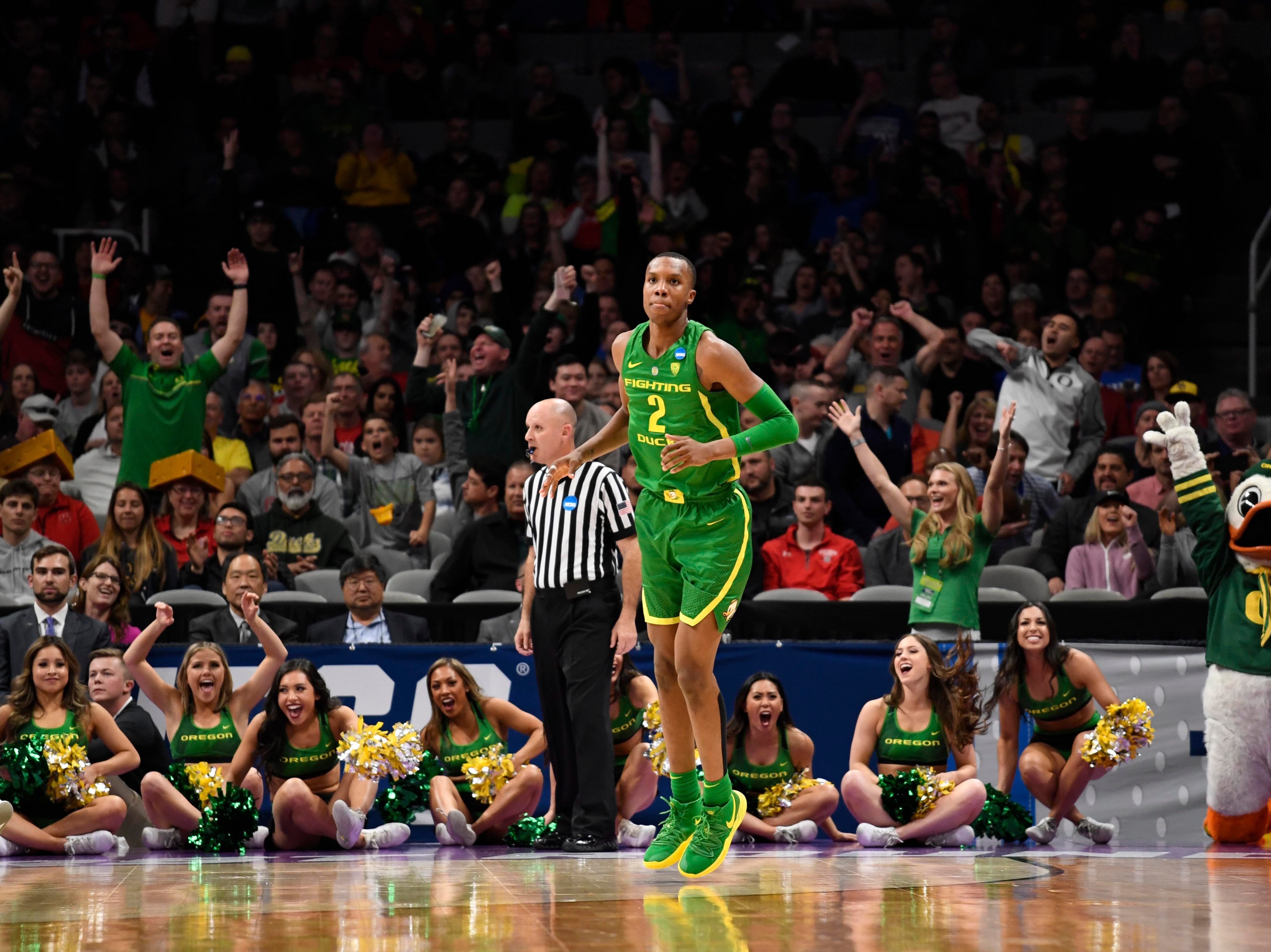 Mar 22, 2019; San Jose, CA, USA; Fans react behind Oregon Ducks forward Louis King (2) during the second half in the first round of the 2019 NCAA Tournament against the Wisconsin Badgers at SAP Center. Mandatory Credit: Kelley L Cox-USA TODAY Sports