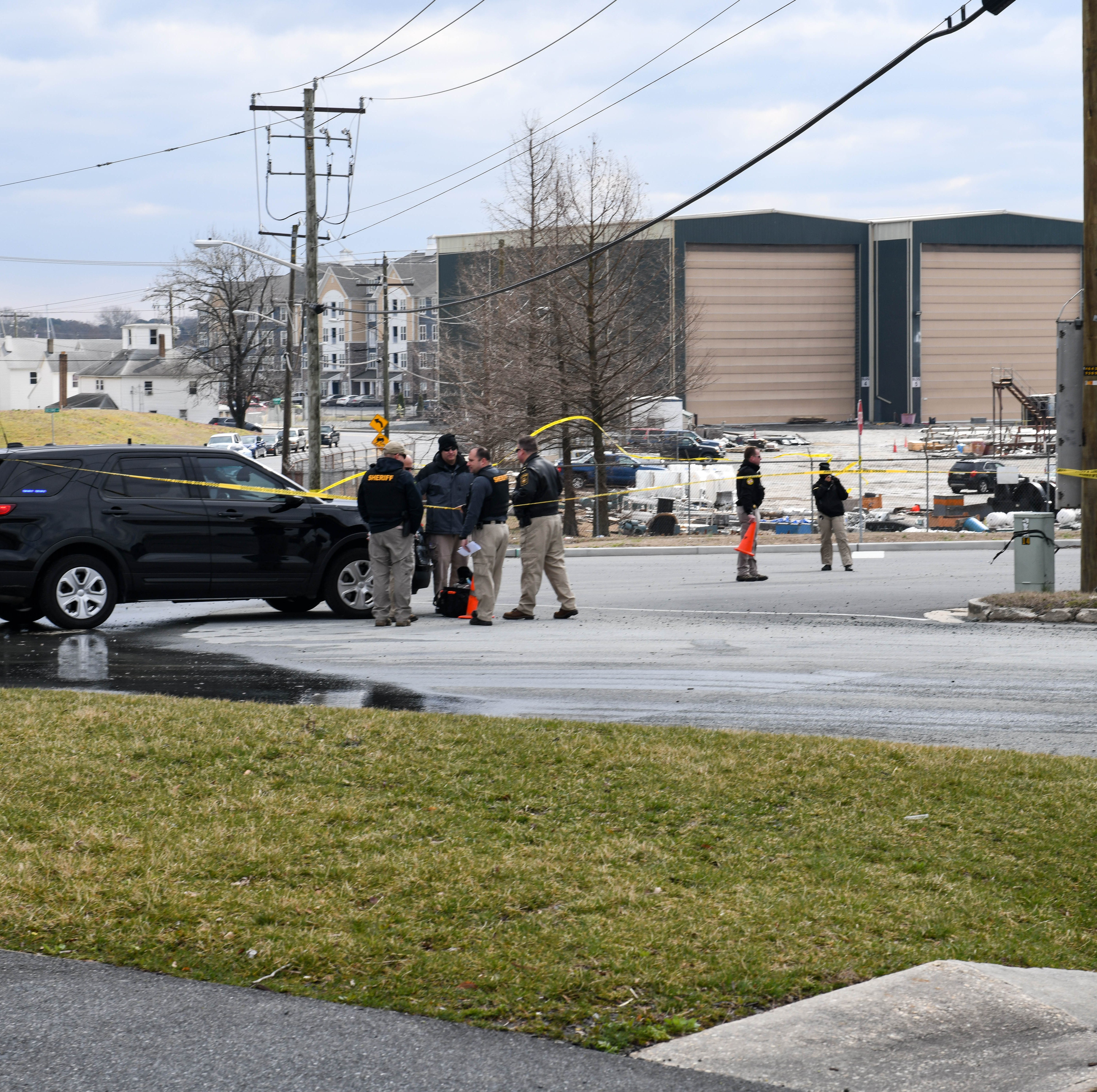 Following car chase, sheriff's office investigation closes roads around Salisbury Marina