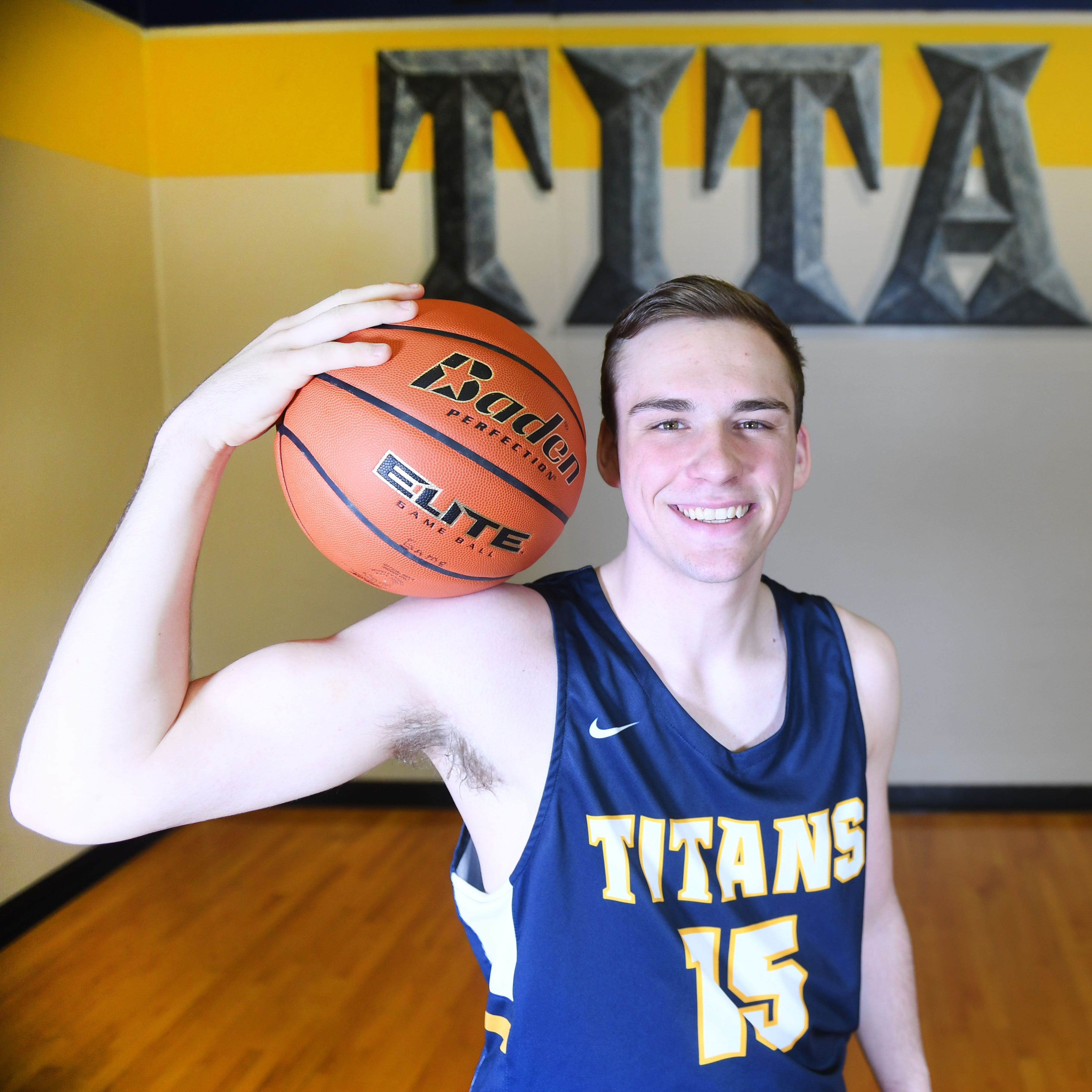 Tea Area senior Noah Freidel released from Wright State, commits to South Dakota State