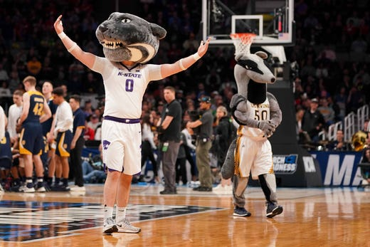 First round: The Kansas State and UC Irvine mascots perform.