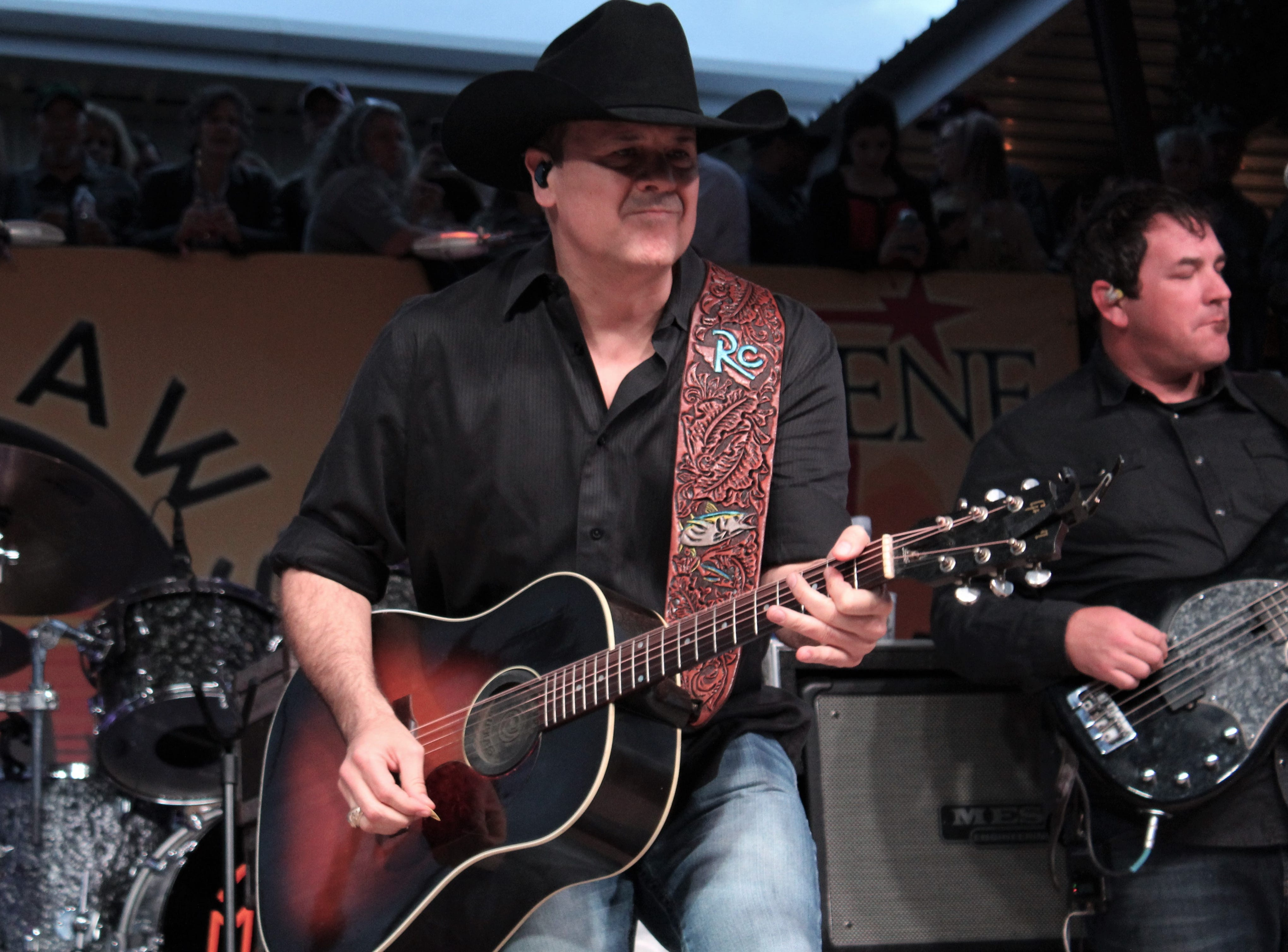Roger Creager brought the RC style to the Back Porch of Texas on Friday March 22, 2019, at the Outlaws & Legends Music Festival. He noted how popular the event has become from when he played previous to maybe 300 fans.