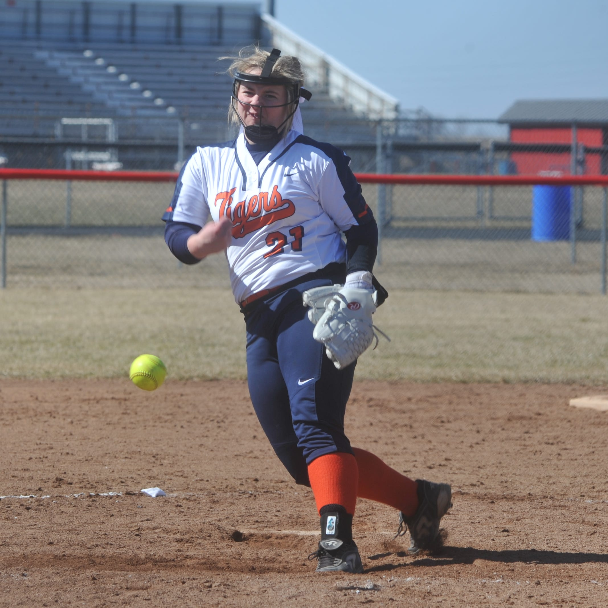Thomas fans 22 as Galion sweeps Bucyrus in season opening doubleheader