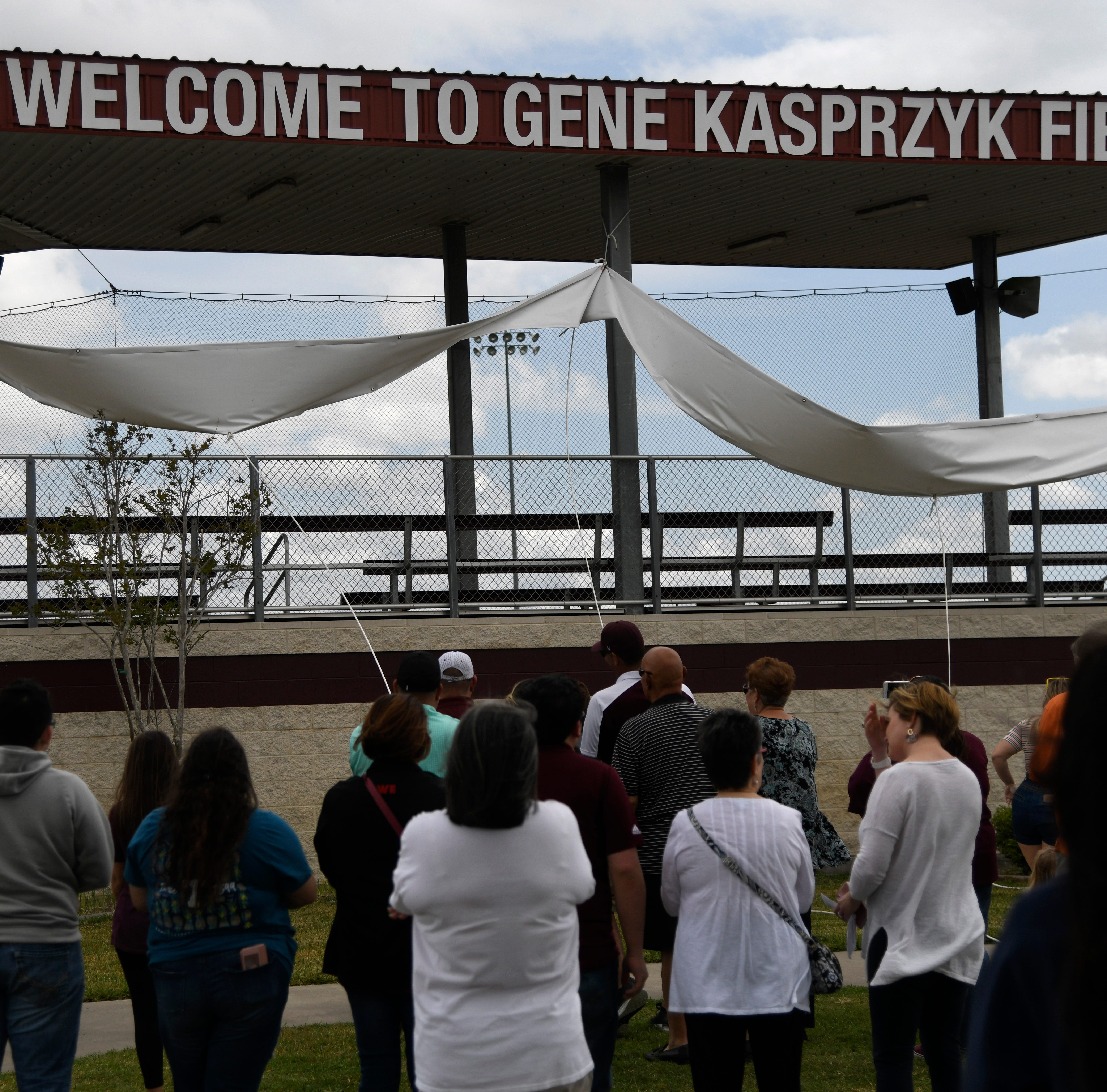 Sinton dedicates baseball field to longtime retired coach Gene Kasprzyk
