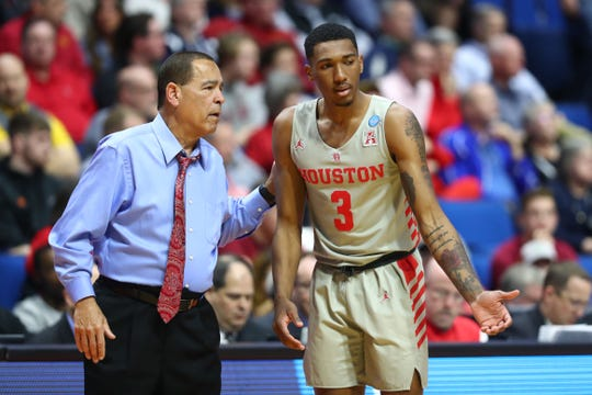 Mar 22, 2019; Tulsa, OK, USA; Houston Cougars head coach Kelvin Sampson talks with guard Armoni Brooks (3) during the second half against the Georgia State Panthers in the first round of the 2019 NCAA Tournament at BOK Center. Mandatory Credit: Mark J. Rebilas-USA TODAY Sports