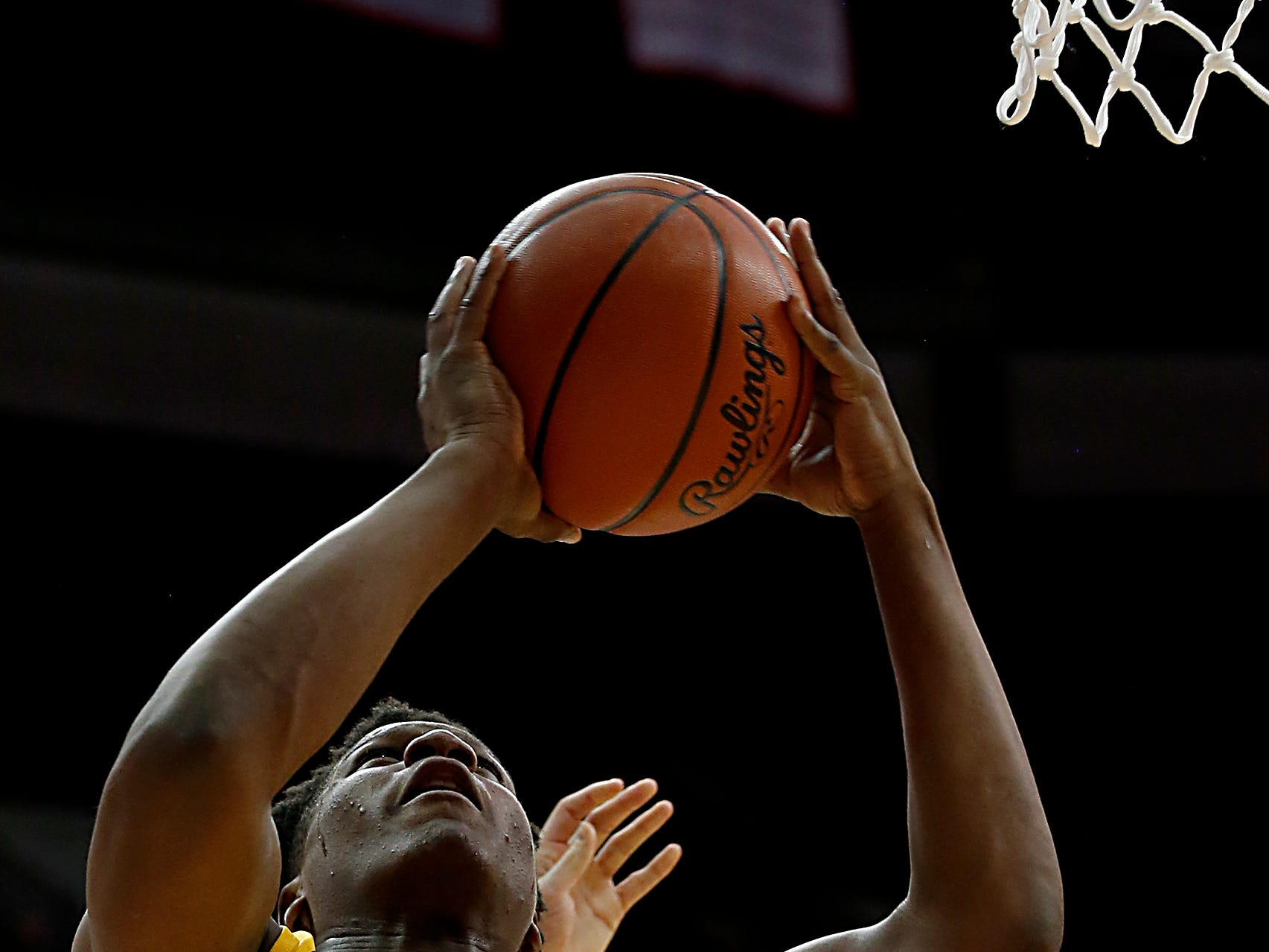 Moeller forward Alex Williams goes to the hoop for two against St. Edward during their Division I semifinal at the Schottenstein Center in Columbus Friday, March 22, 2019.