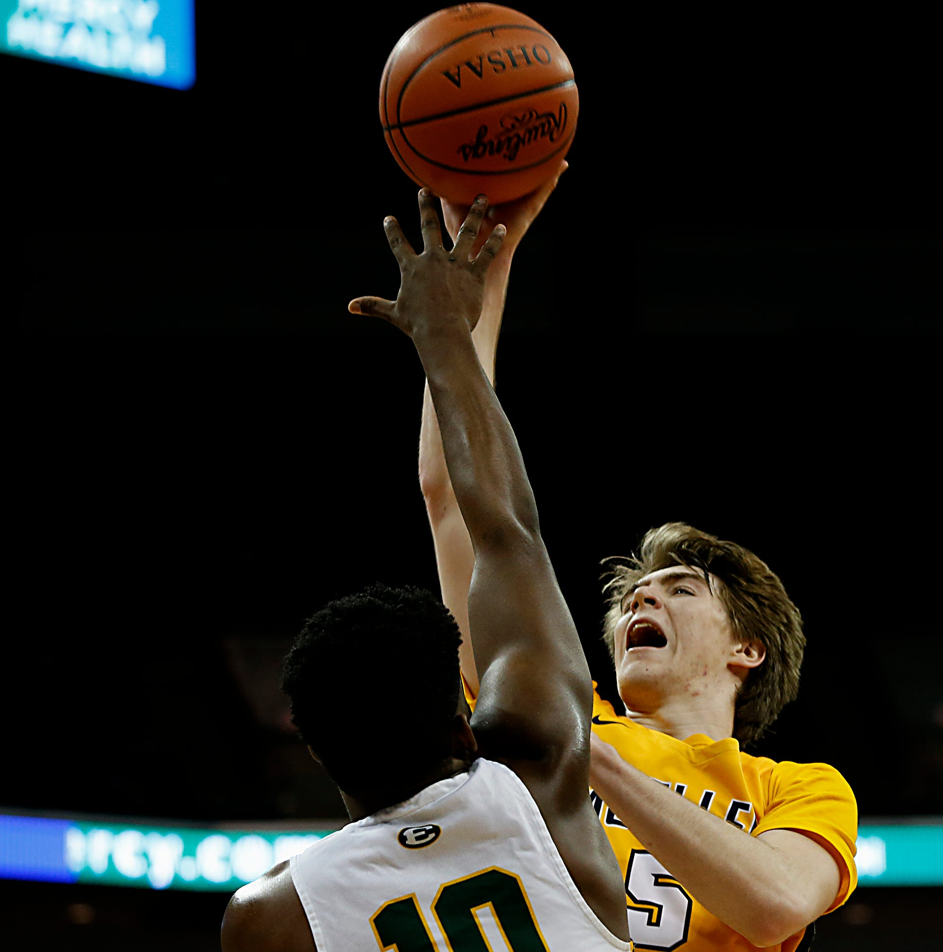 Follow live: Moeller basketball state championship game with St. Vincent-St. Mary