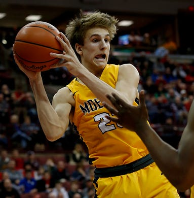 Hubbard Auto Center >> Moeller handles St. Edward, 72-52, advances to 3rd ...