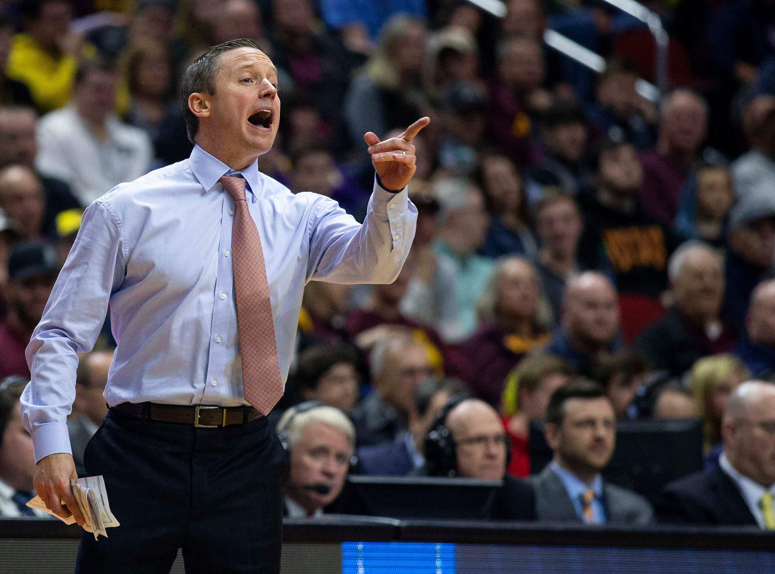 Florida Head Coach Mike White during the NCAA Tournament second-round match-up between Michigan and Florida on Saturday, March 23, 2019, in Wells Fargo Arena in Des Moines, Iowa.