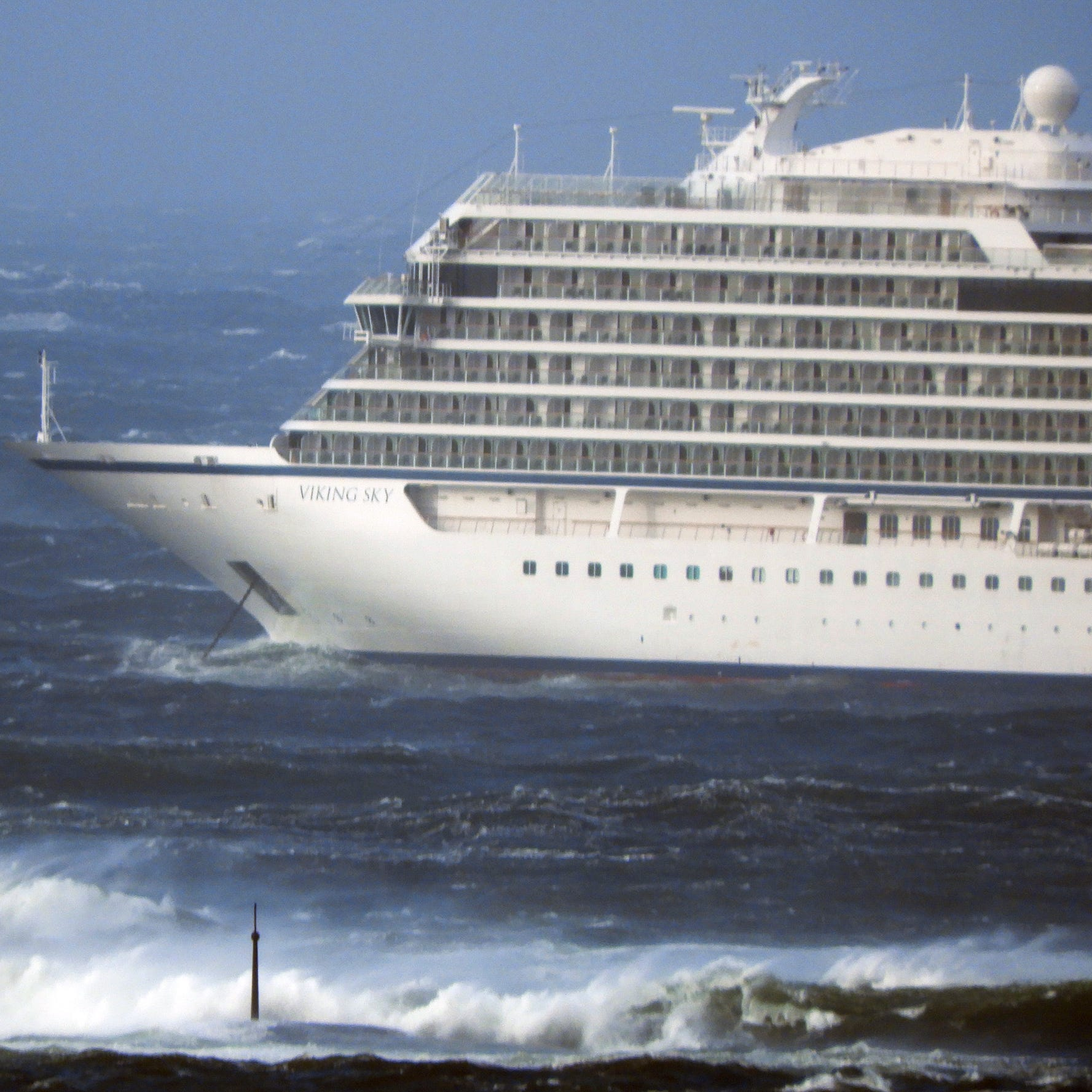 Fears cruise ship would run aground off Norway lead to evacuation