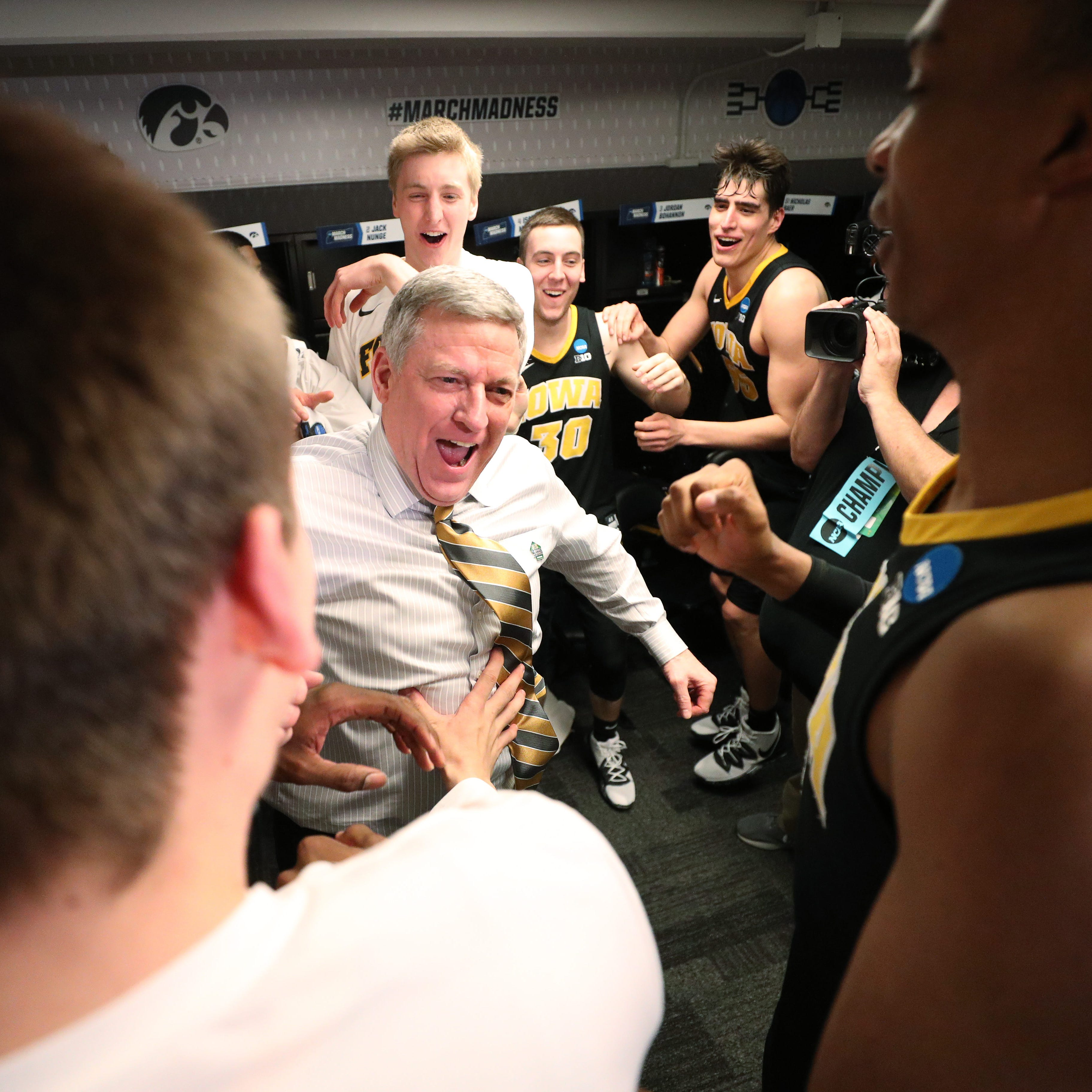 Leistikow: There's crying in basketball. Let Iowa assistant Kirk Speraw's story explain.