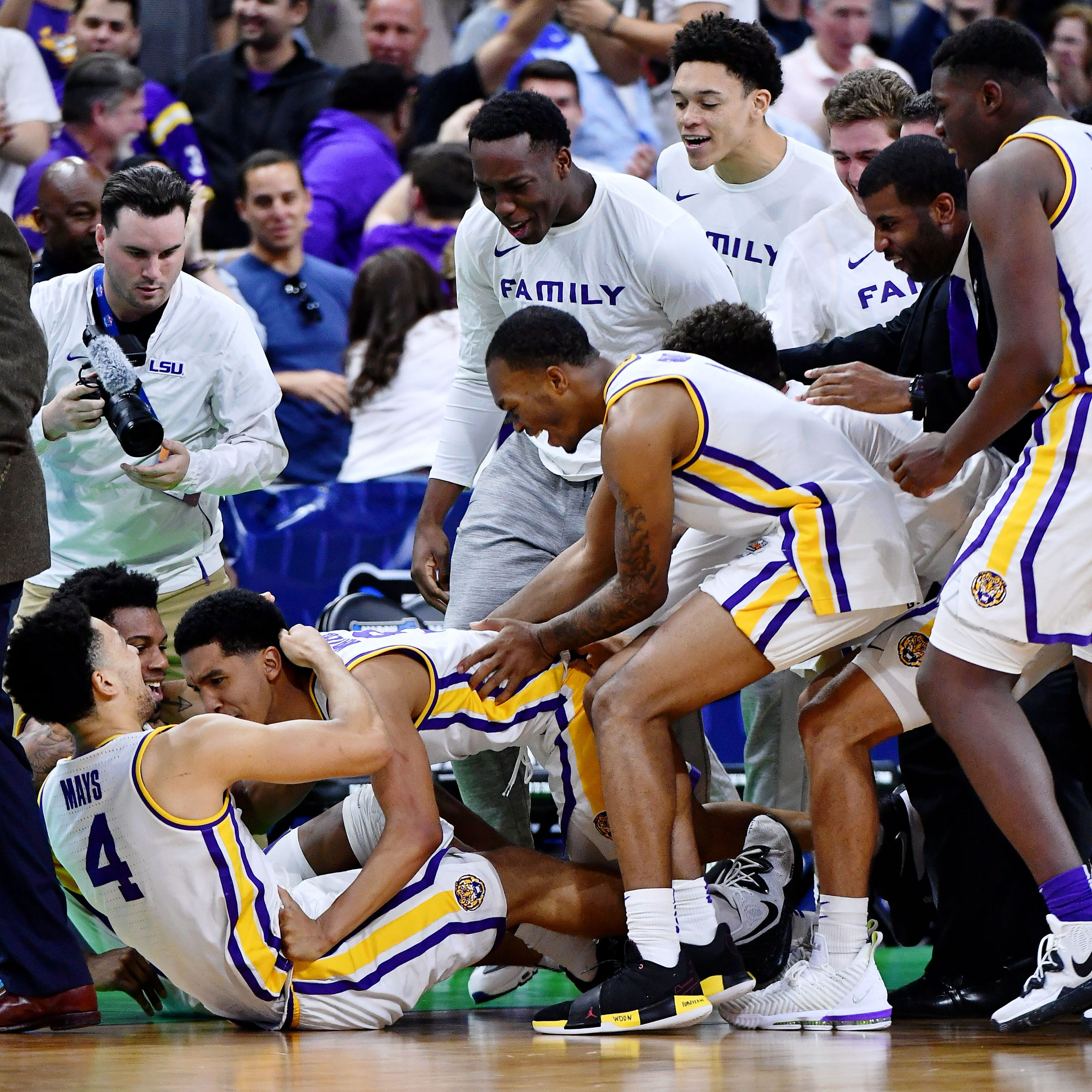NCAA Tournament: LSU tops Maryland on Waters' layup to advance to Sweet 16