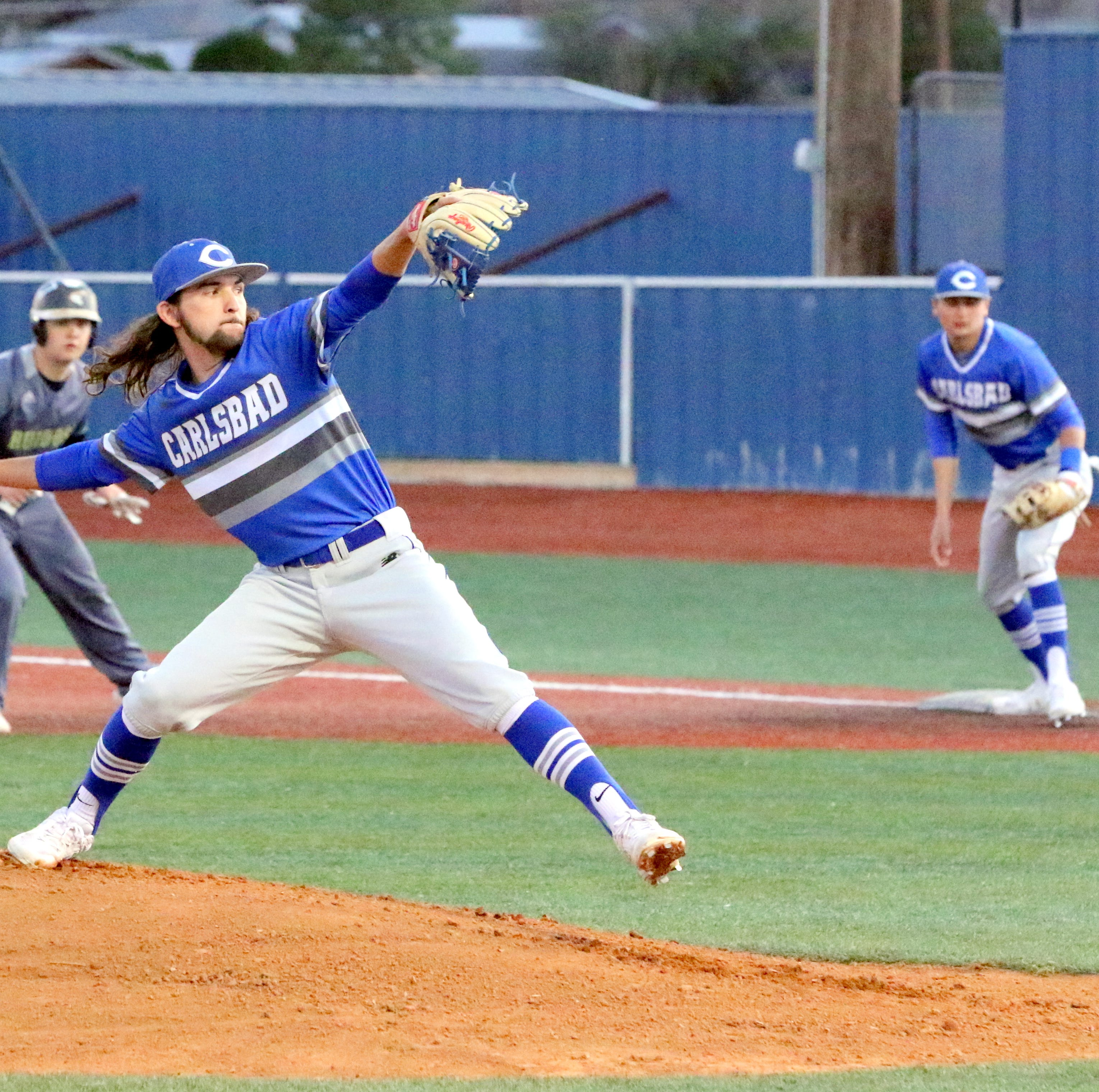 Echavaria, Garza shut out Ruidoso on mound