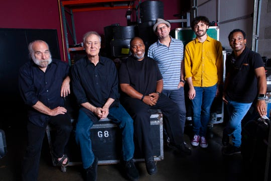 Bruce Hornsby, second from left, & The Noisemakers