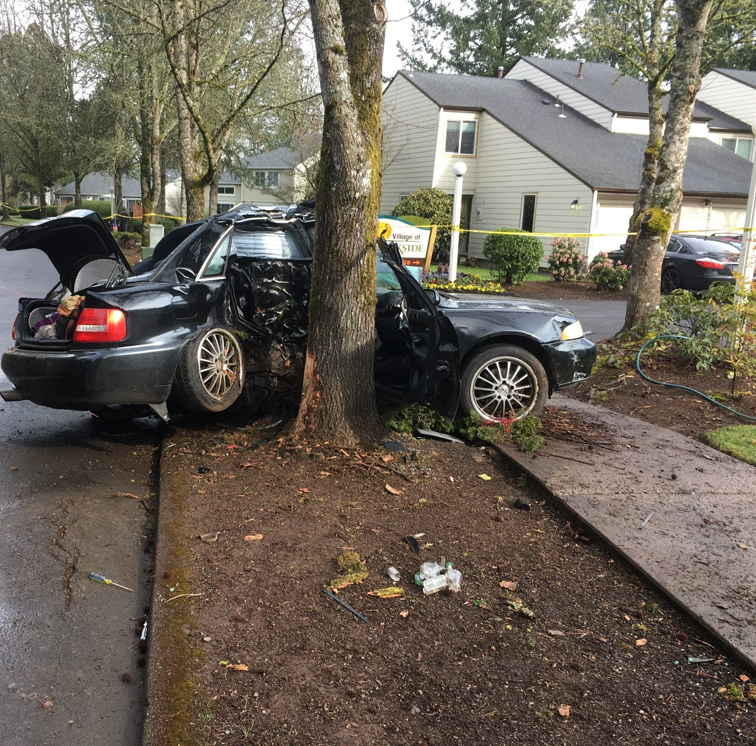One dead, four hospitalized after early morning crash in South Salem