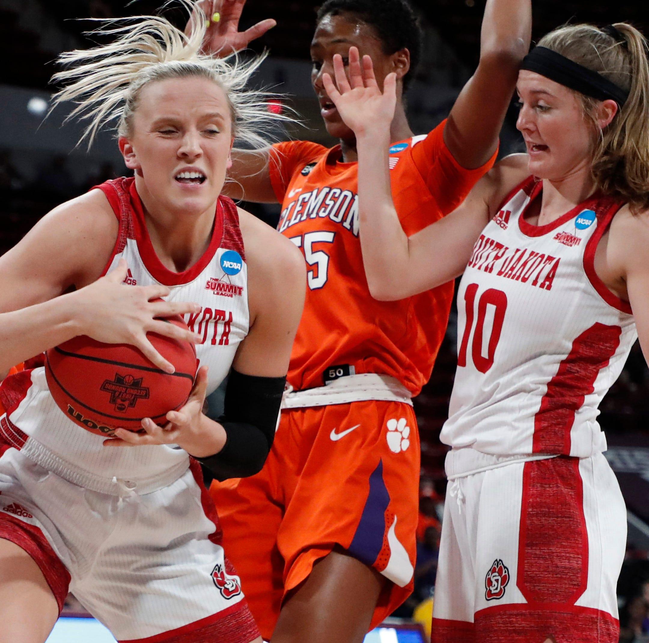 NCAA Tournament: No. 8 South Dakota's historic season brought to an end by No. 9 Clemson