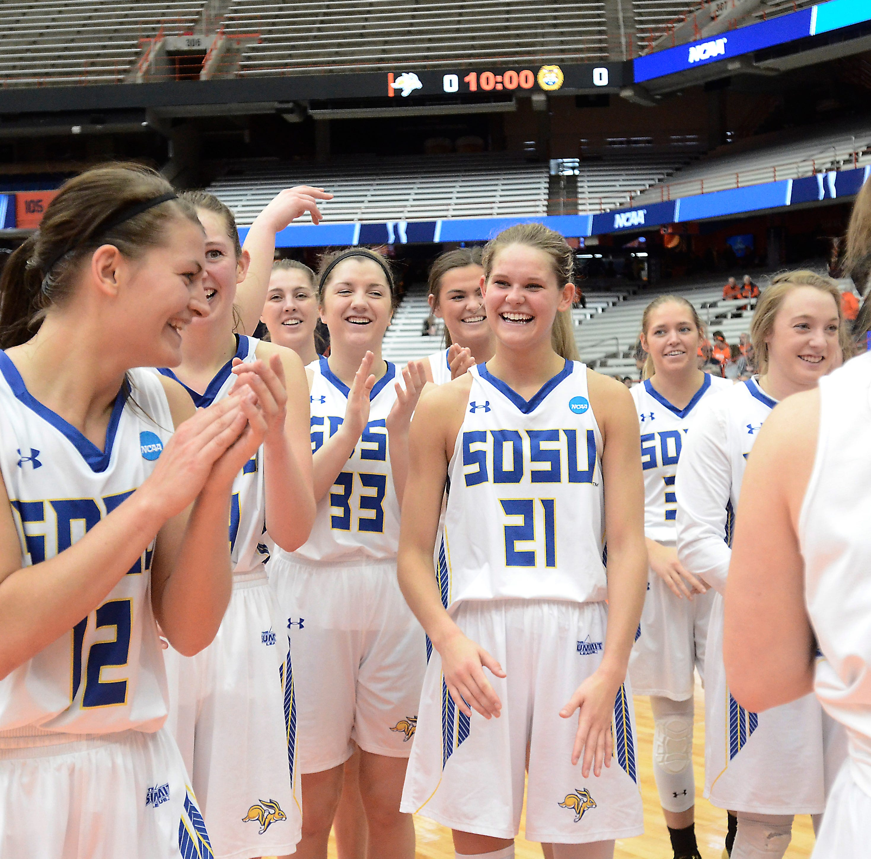 Zimmer: South Dakota State on the brink of the Sweet 16 once again