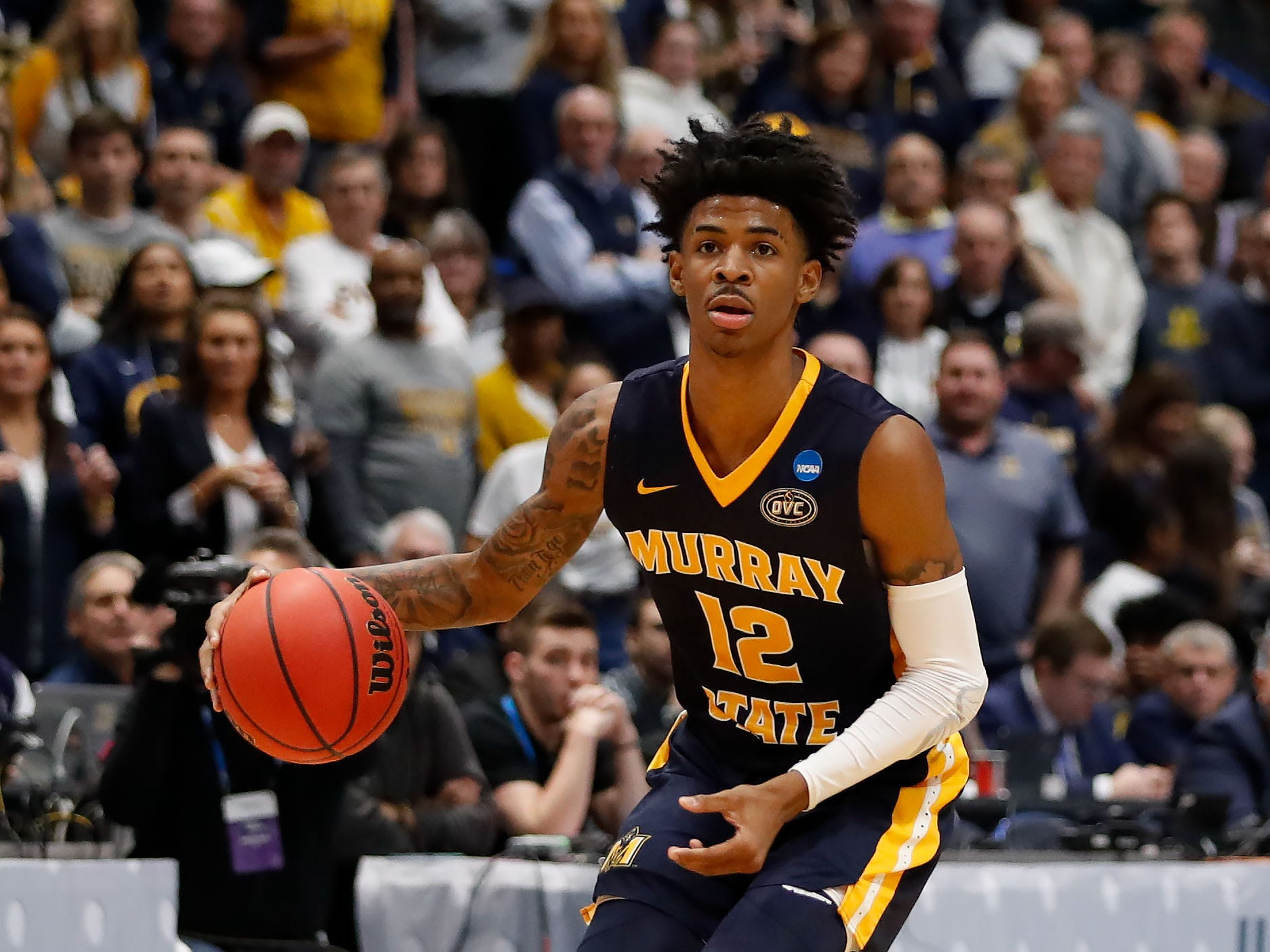 Mar 23, 2019; Hartford, CT, USA; Murray State Racers guard Ja Morant (12) dribbles the ball during the first half of a game against the Florida State Seminoles in the second round of the 2019 NCAA Tournament at XL Center. Mandatory Credit: David Butler II-USA TODAY Sports