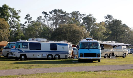 Throwback GMC motorhome aficionados gather in Tallahassee