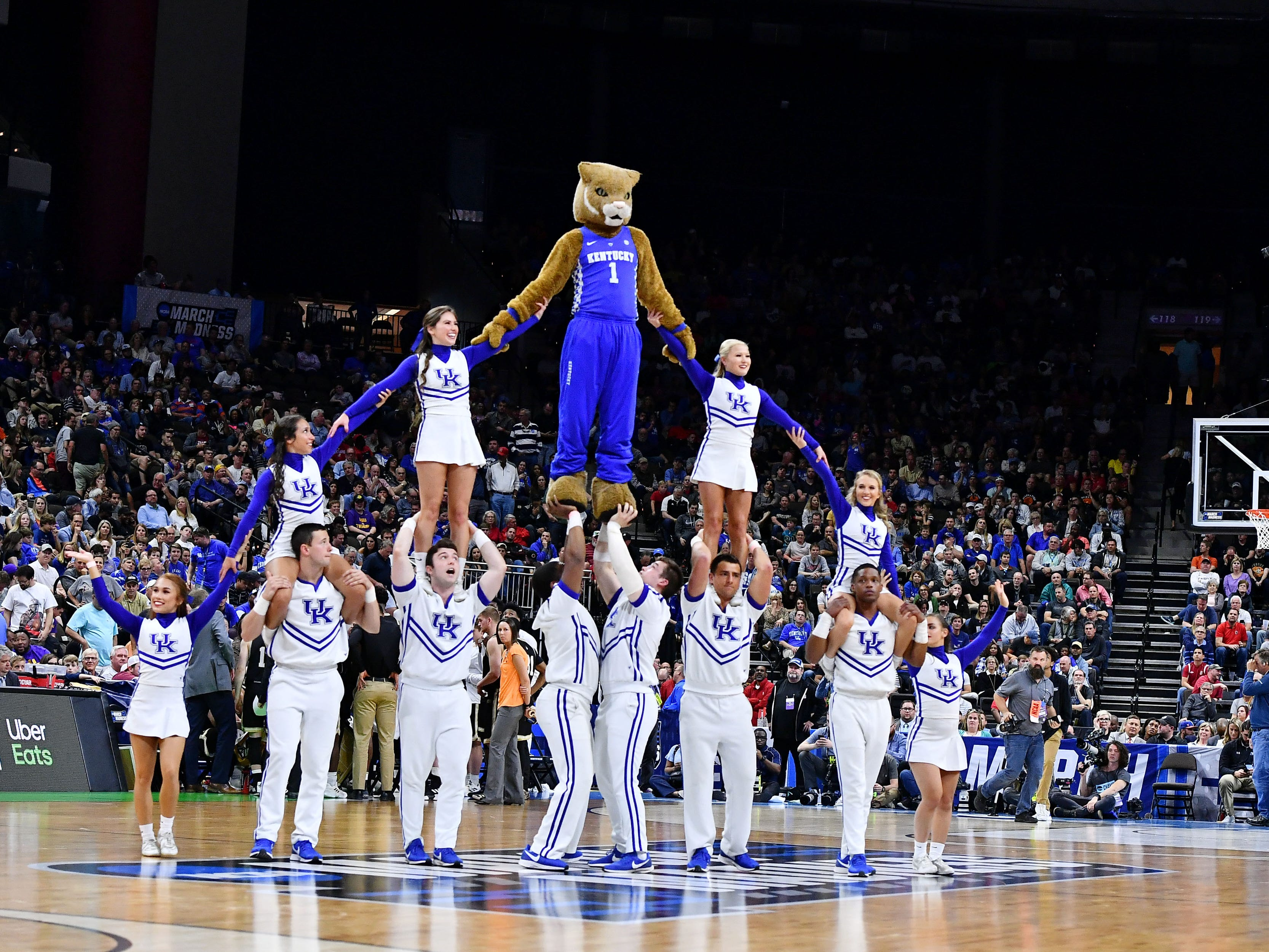 Round of 32: The Kentucky Wildcats cheerleaders and mascot perform during the game against the Wofford Terriers.