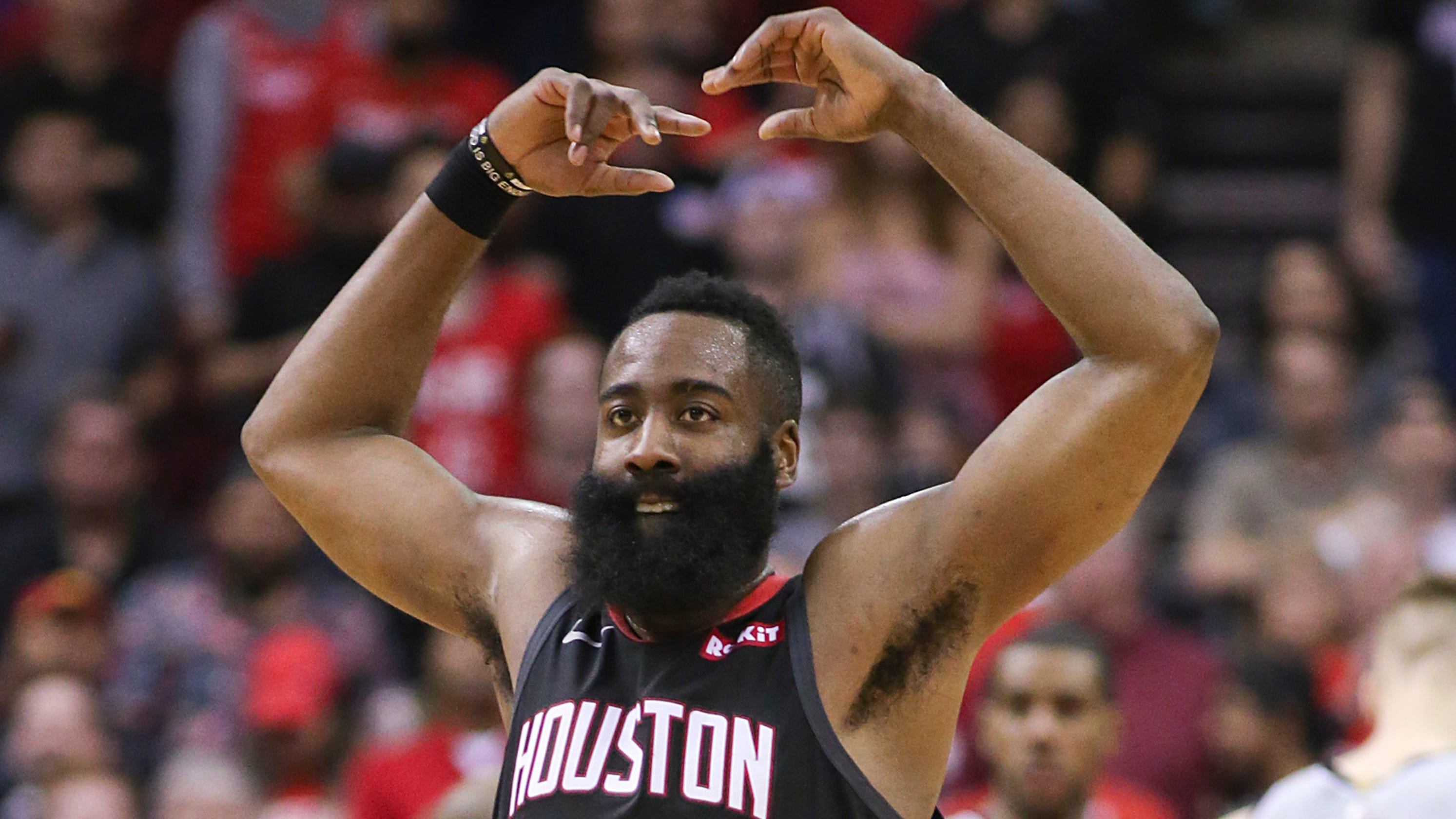 897796be87c4 James Harden pours in 61 points to lead Rockets past Spurs