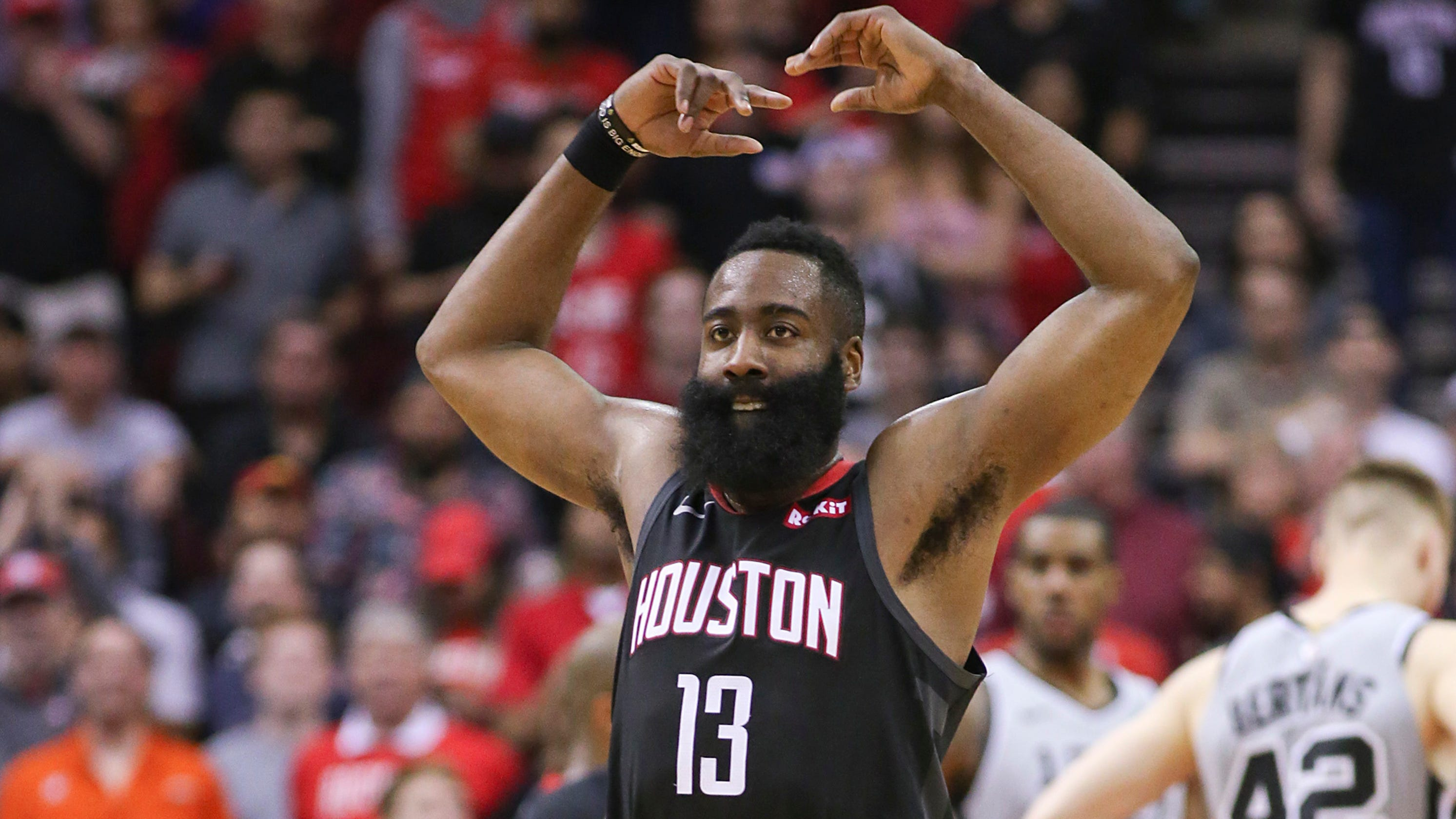 James Harden pours in 61 points to lead Rockets past Spurs