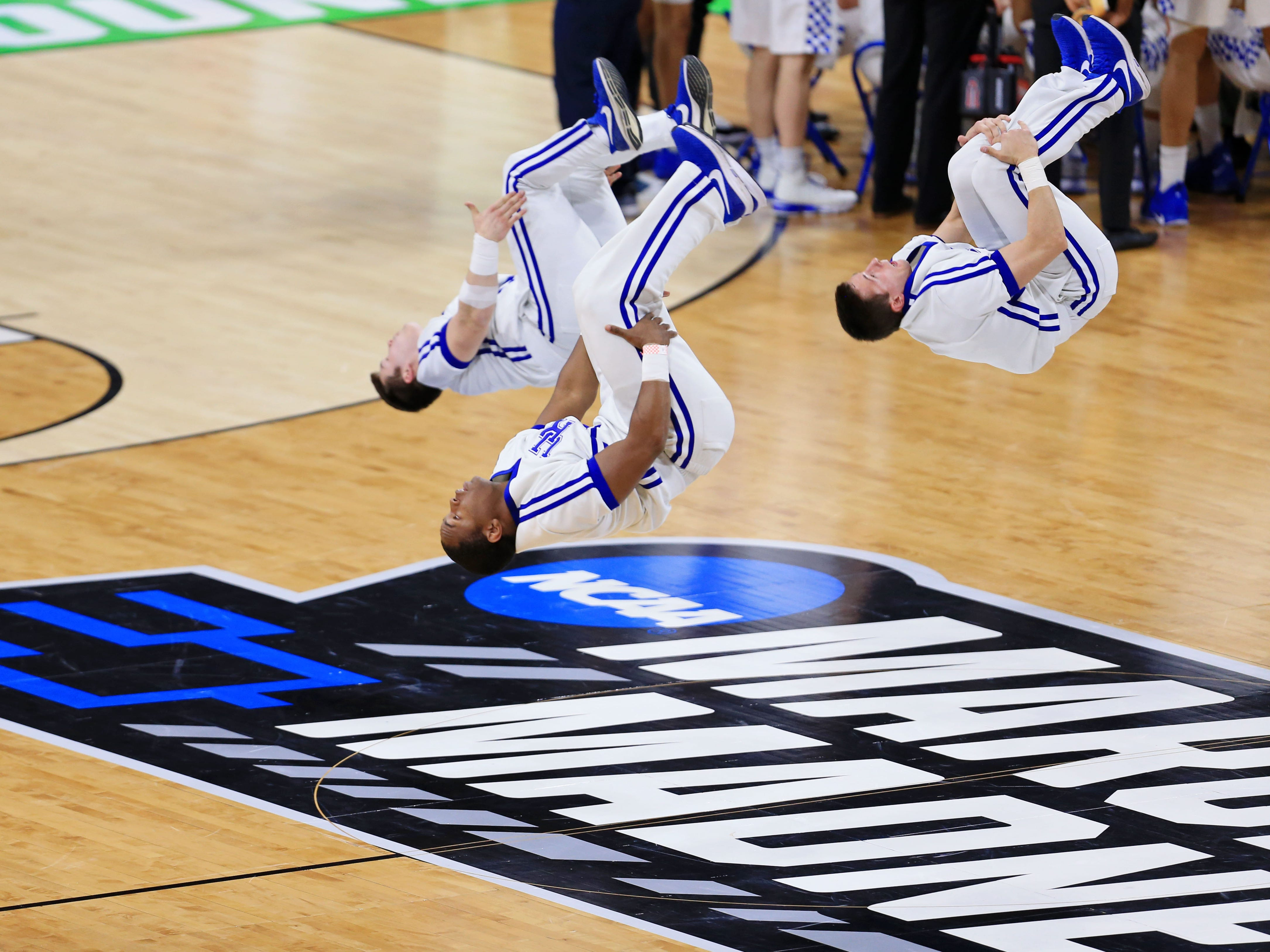 Round of 32: Kentucky Wildcats cheerleaders perform before the game against the Wofford Terriers.