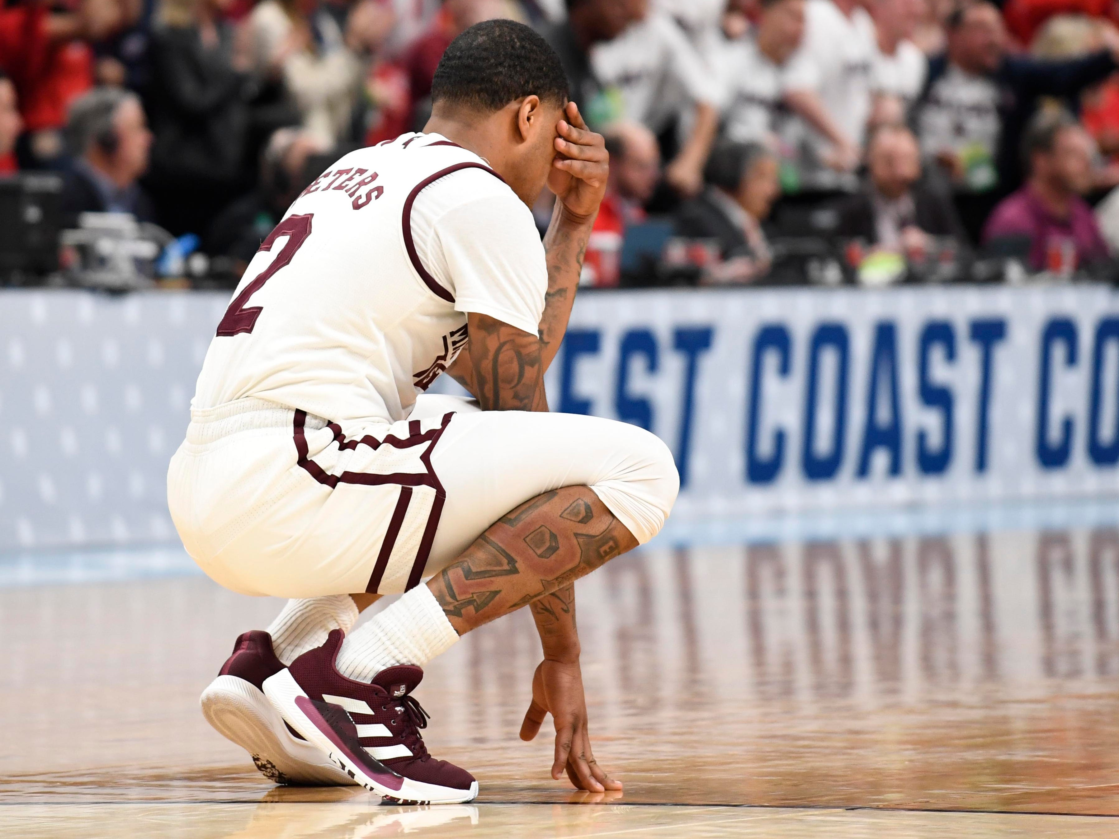 First round: No. 5 Mississippi State loses to No. 12 Liberty, 80-76.