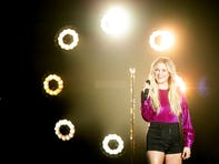 Q&A: Kelsea Ballerini talks touring with Kelly Clarkson, music inspiration